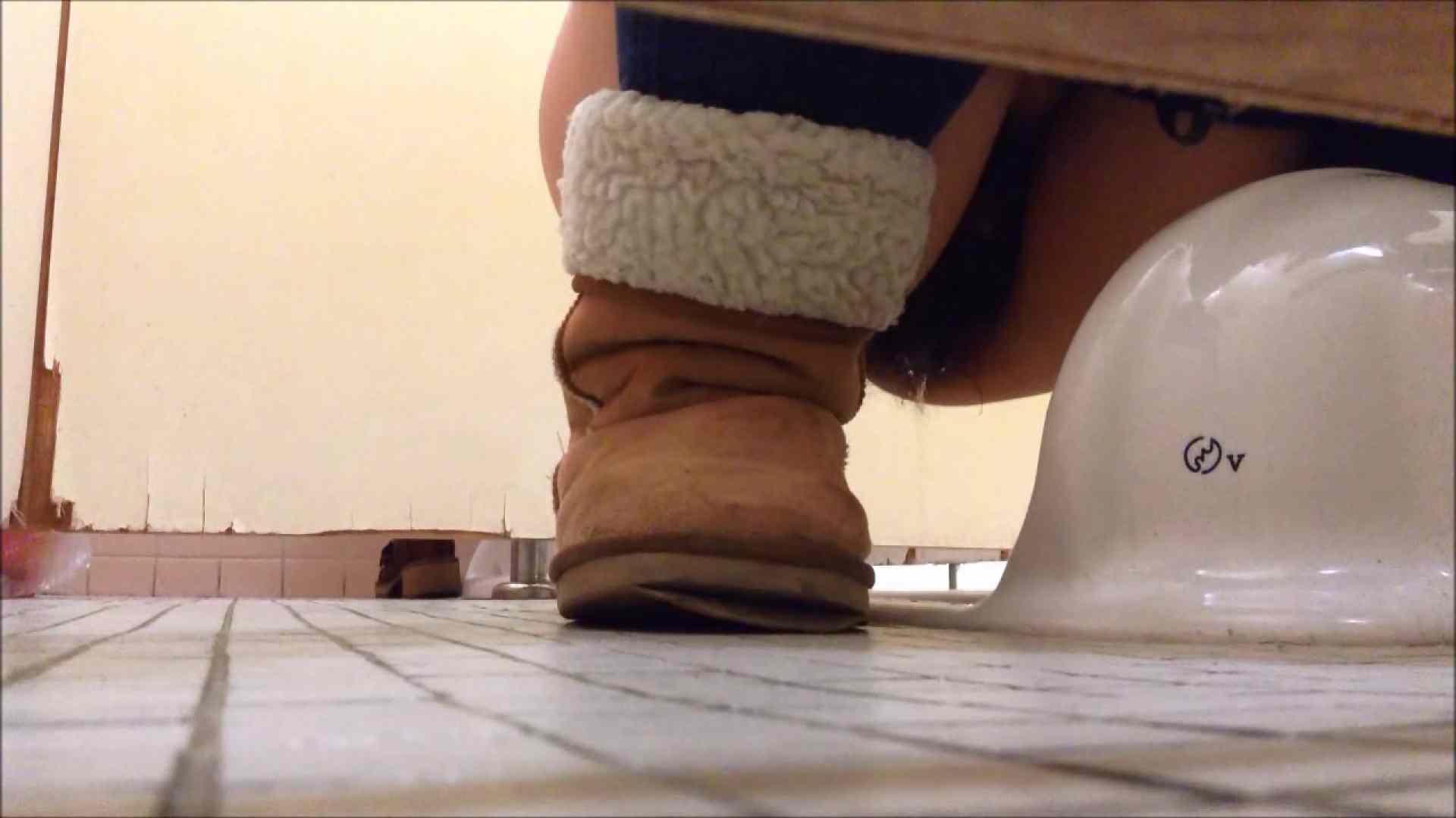 某有名大学女性洗面所 vol.09 洗面所着替え   リアルすぎる排泄  74連発 16