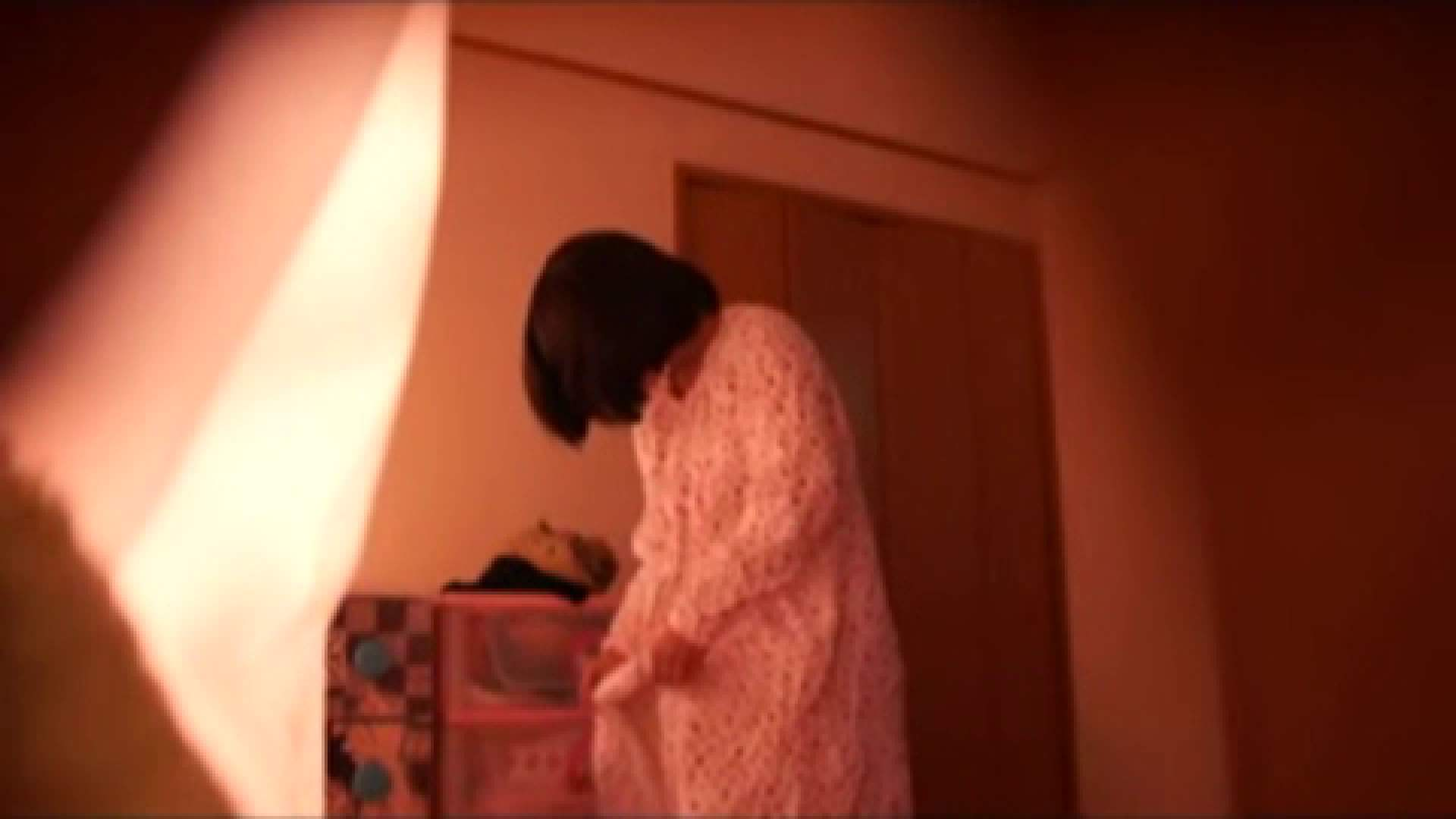 vol.2 まりこさんのお着替え、就寝前の映像です。 OL | 着替え  82連発 6