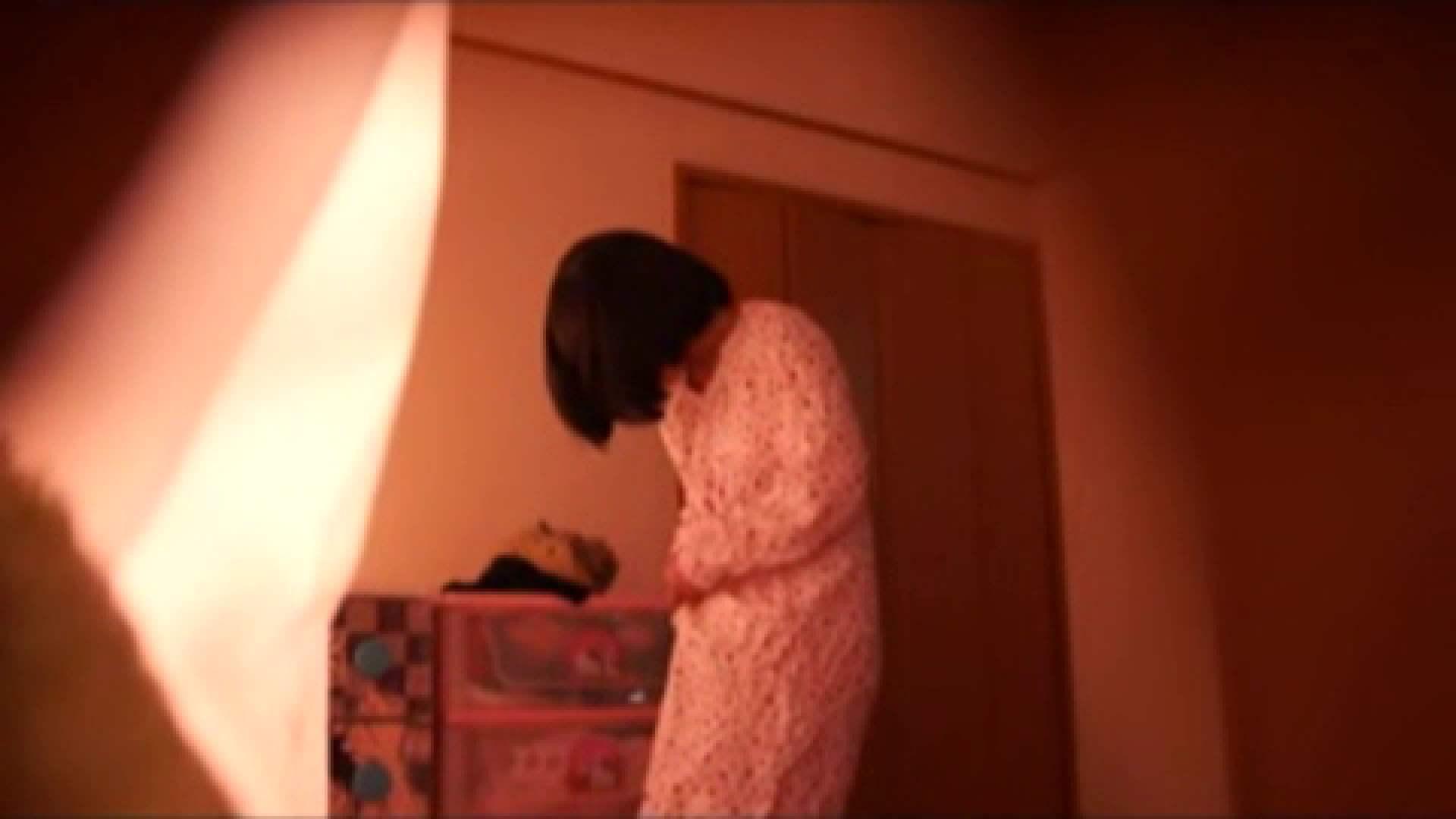 vol.2 まりこさんのお着替え、就寝前の映像です。 OL | 着替え  82連発 10