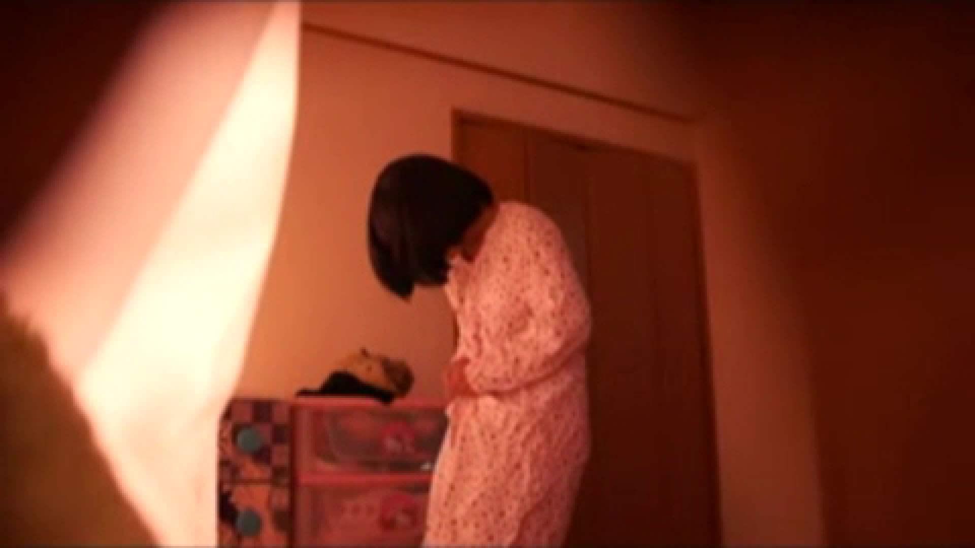 vol.2 まりこさんのお着替え、就寝前の映像です。 OL | 着替え  82連発 13