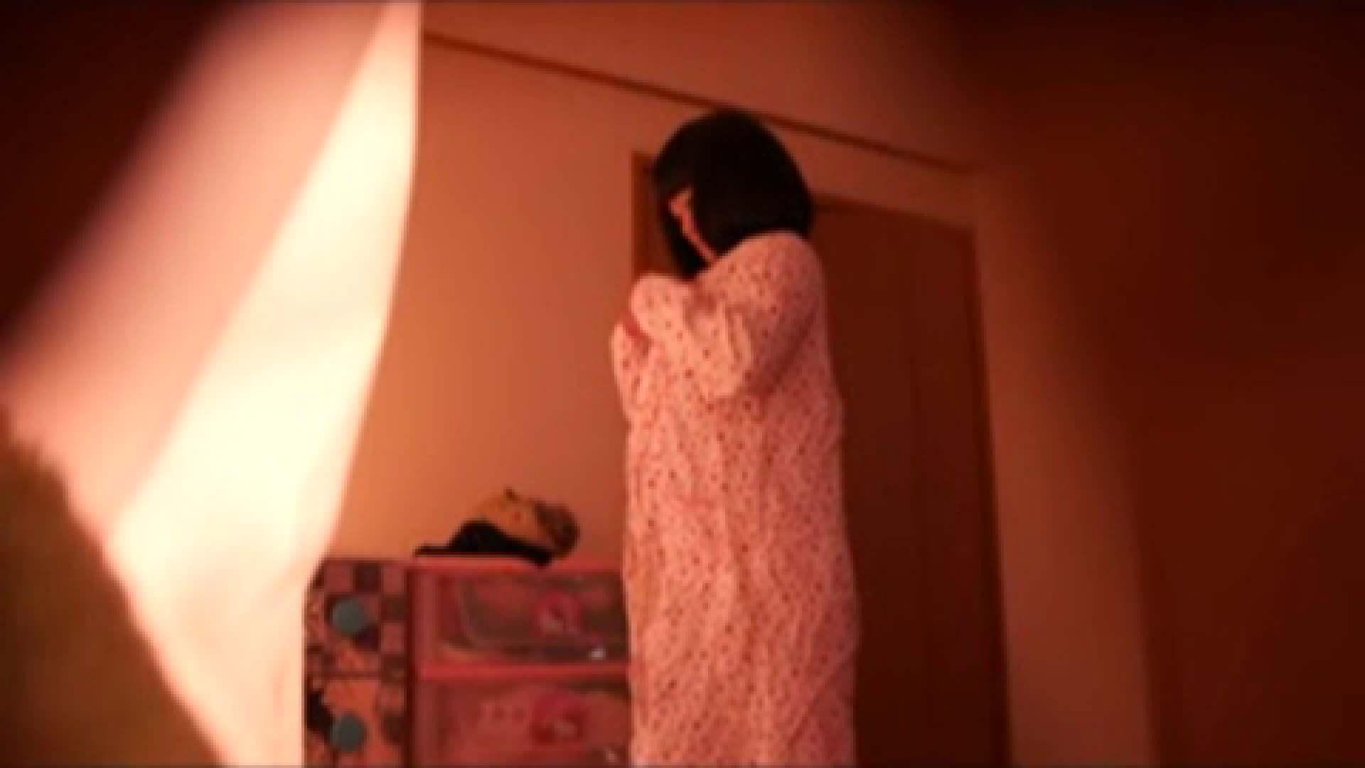 vol.2 まりこさんのお着替え、就寝前の映像です。 OL | 着替え  82連発 36
