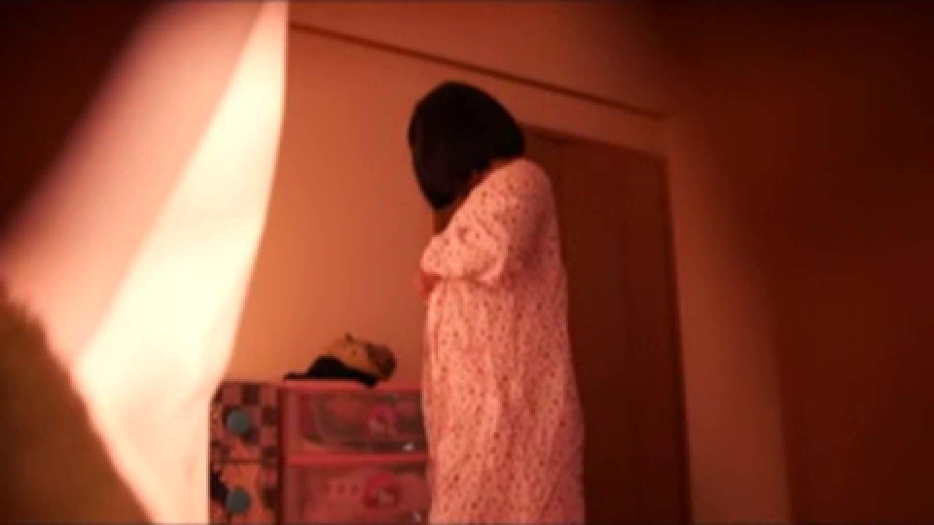 vol.2 まりこさんのお着替え、就寝前の映像です。 OL | 着替え  82連発 47