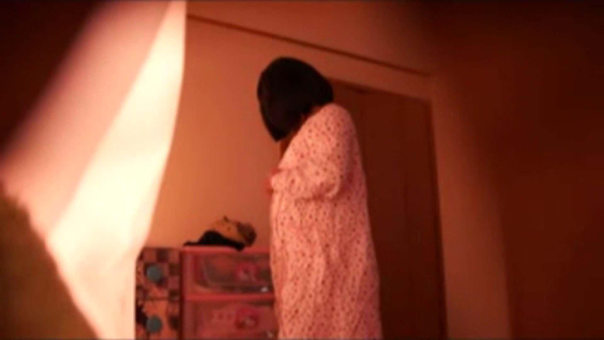 vol.2 まりこさんのお着替え、就寝前の映像です。 OL | 着替え  82連発 49