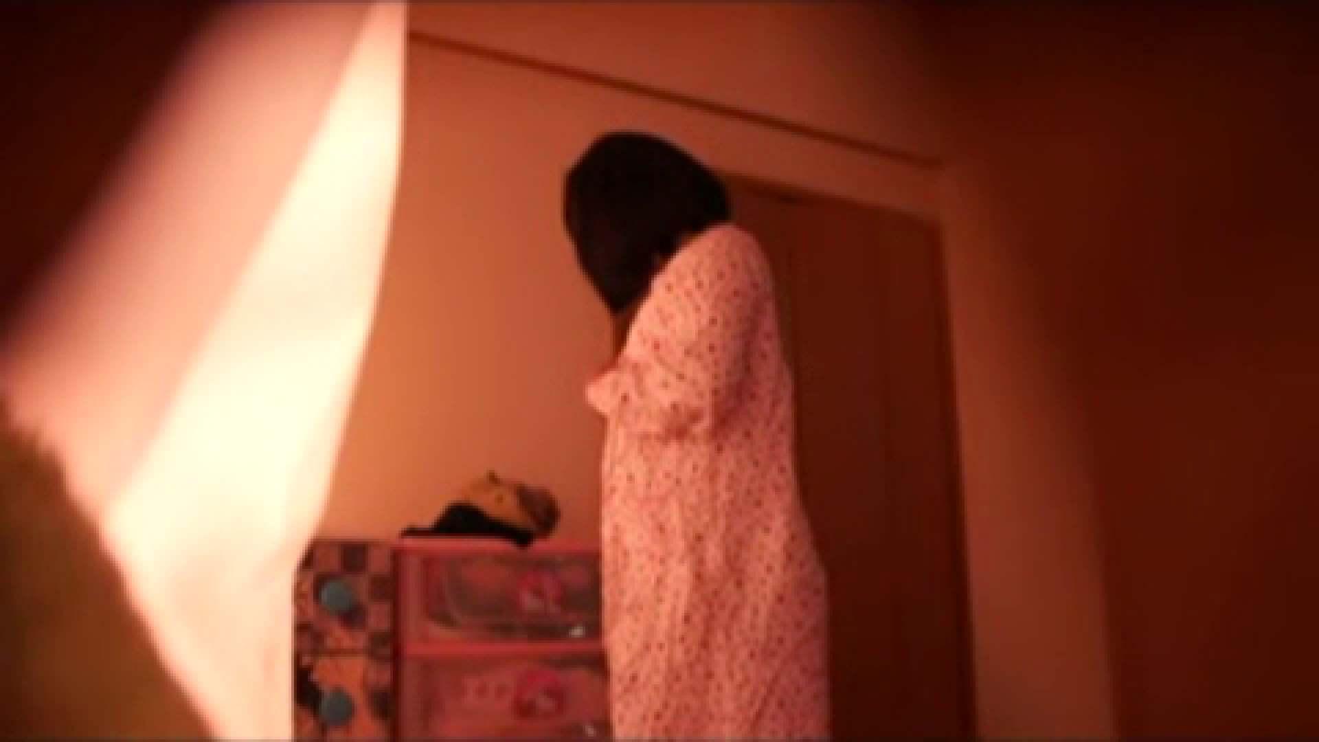 vol.2 まりこさんのお着替え、就寝前の映像です。 OL | 着替え  82連発 54