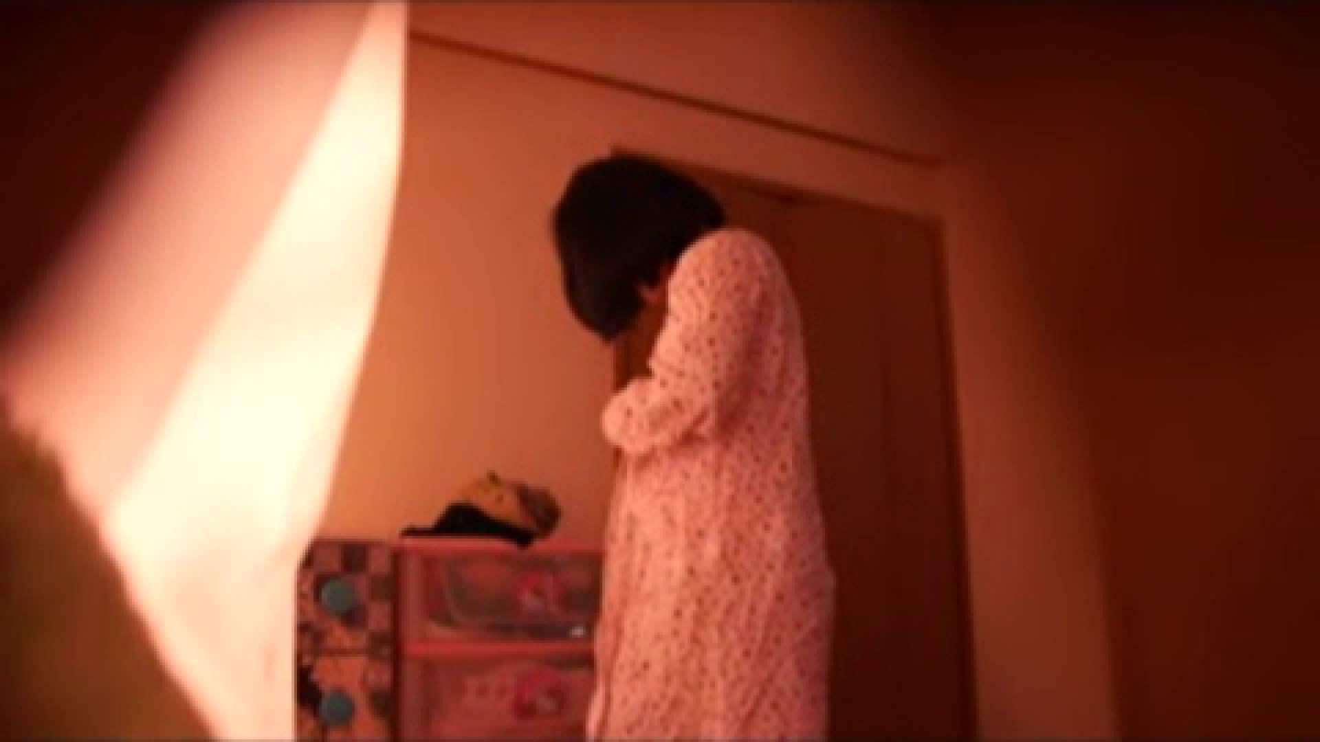 vol.2 まりこさんのお着替え、就寝前の映像です。 OL | 着替え  82連発 74