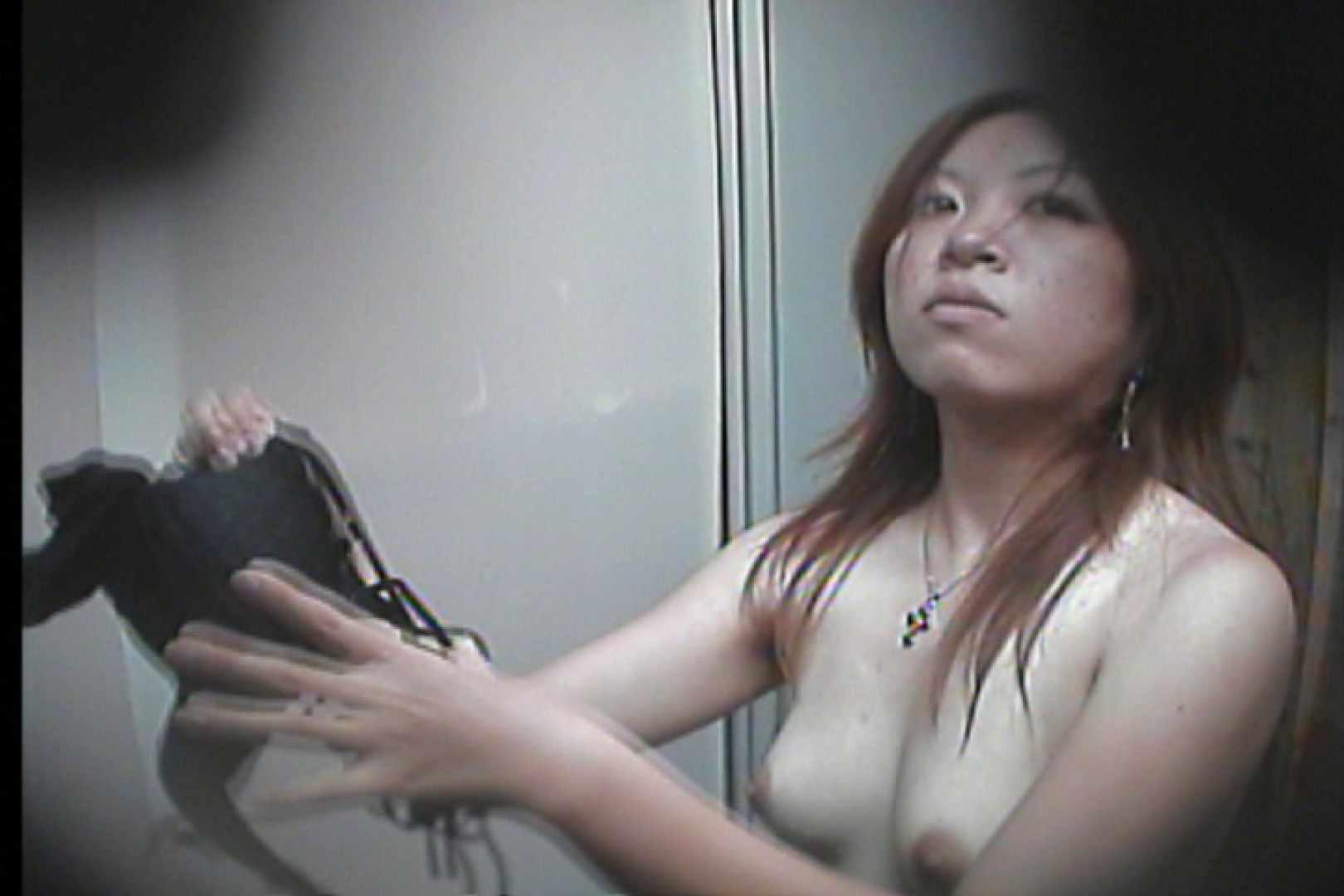 海の家の更衣室 Vol.16 OL   美女達のヌード  23連発 12