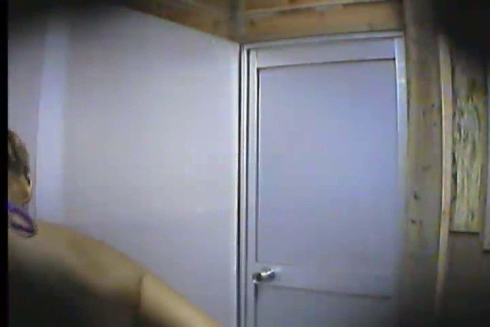 海の家の更衣室 Vol.20 OL | シャワー中  54連発 28