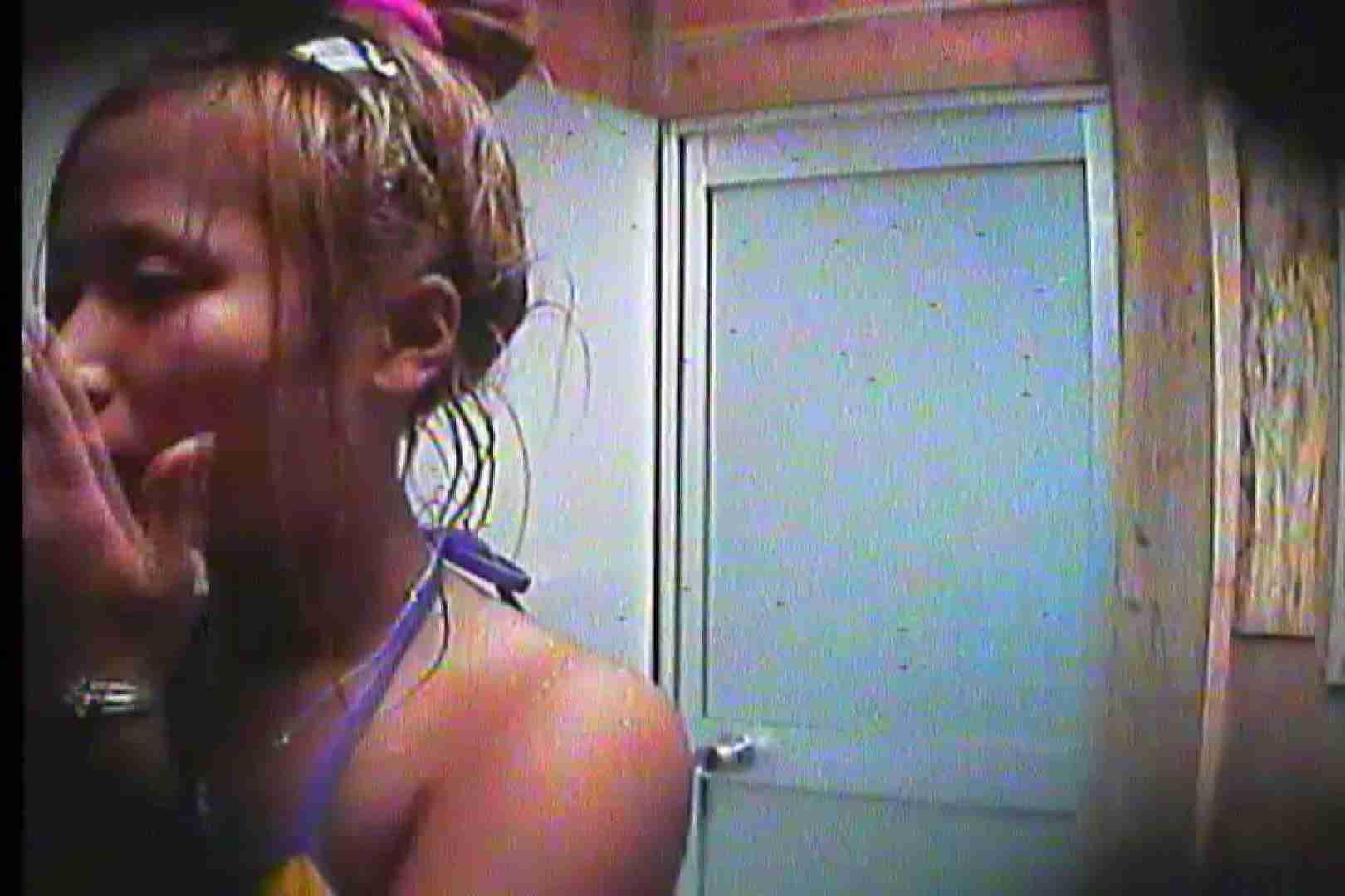 海の家の更衣室 Vol.20 OL | シャワー中  54連発 35