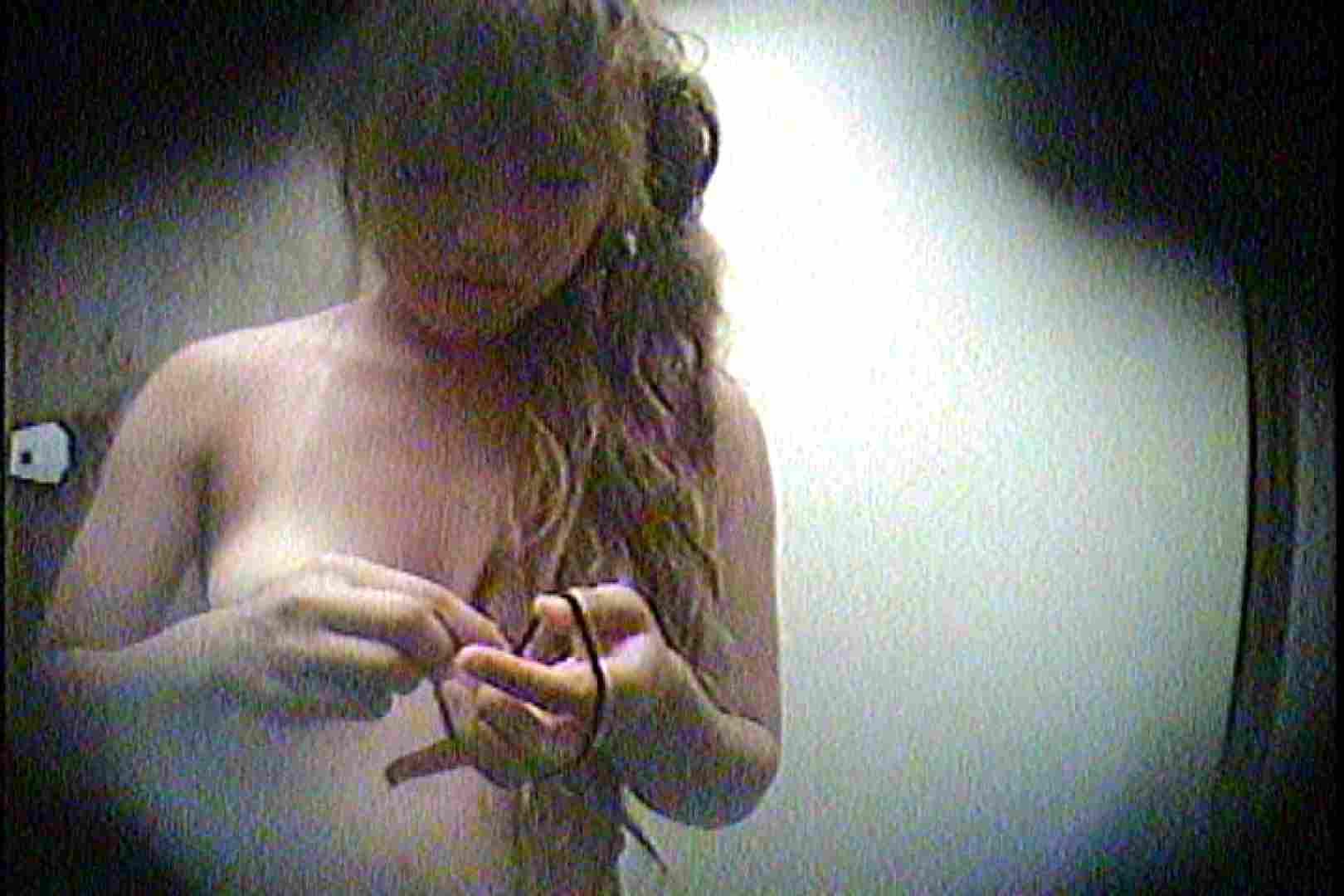海の家の更衣室 Vol.21 美女達のヌード   シャワー中  89連発 36