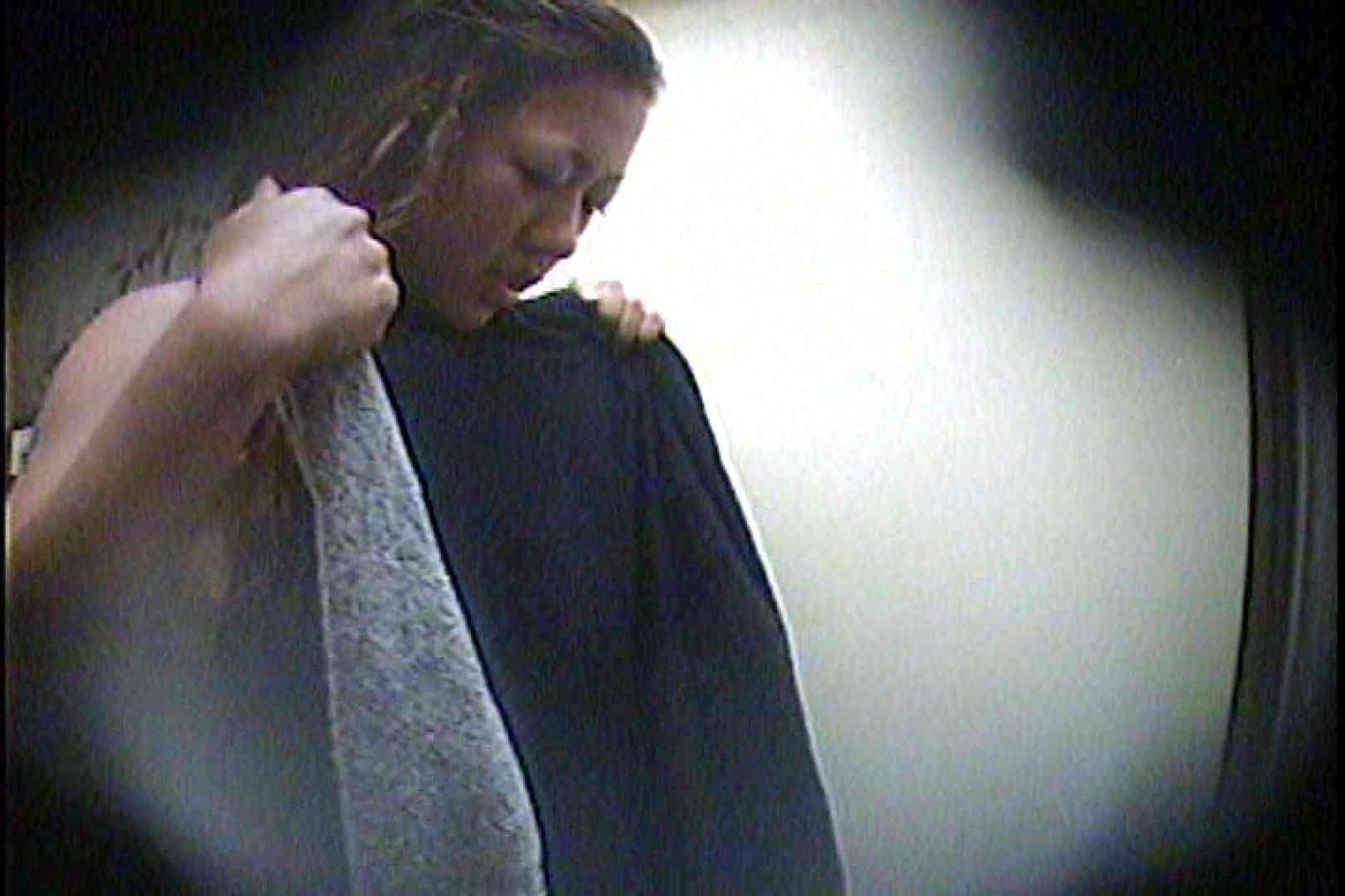 海の家の更衣室 Vol.21 美女達のヌード   シャワー中  89連発 60