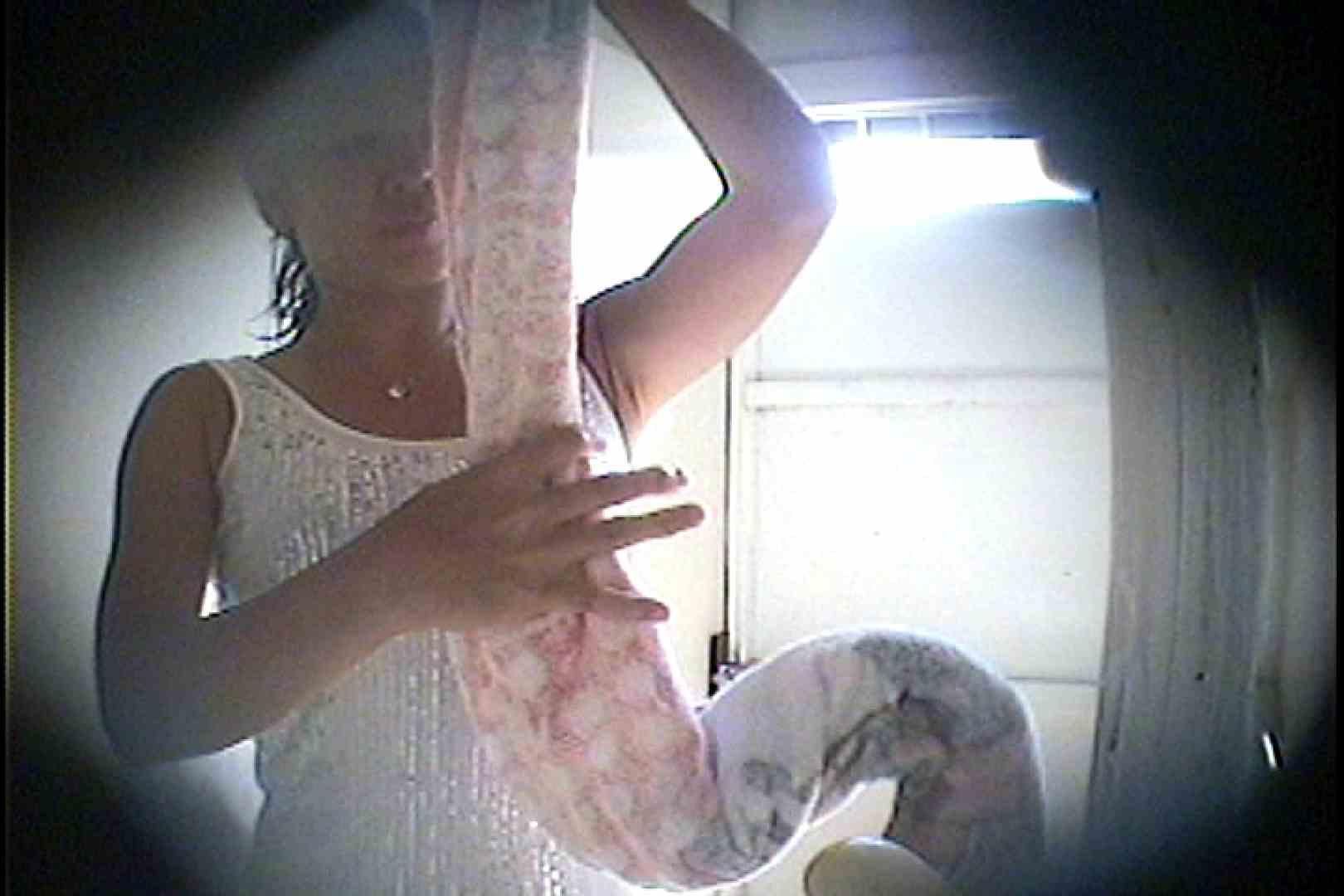 海の家の更衣室 Vol.26 美女達のヌード   シャワー中  70連発 8