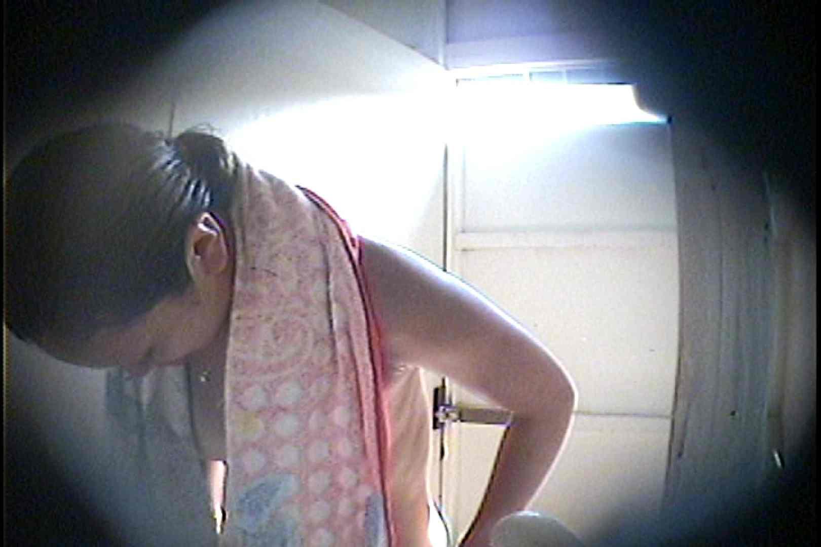 海の家の更衣室 Vol.26 美女達のヌード   シャワー中  70連発 51