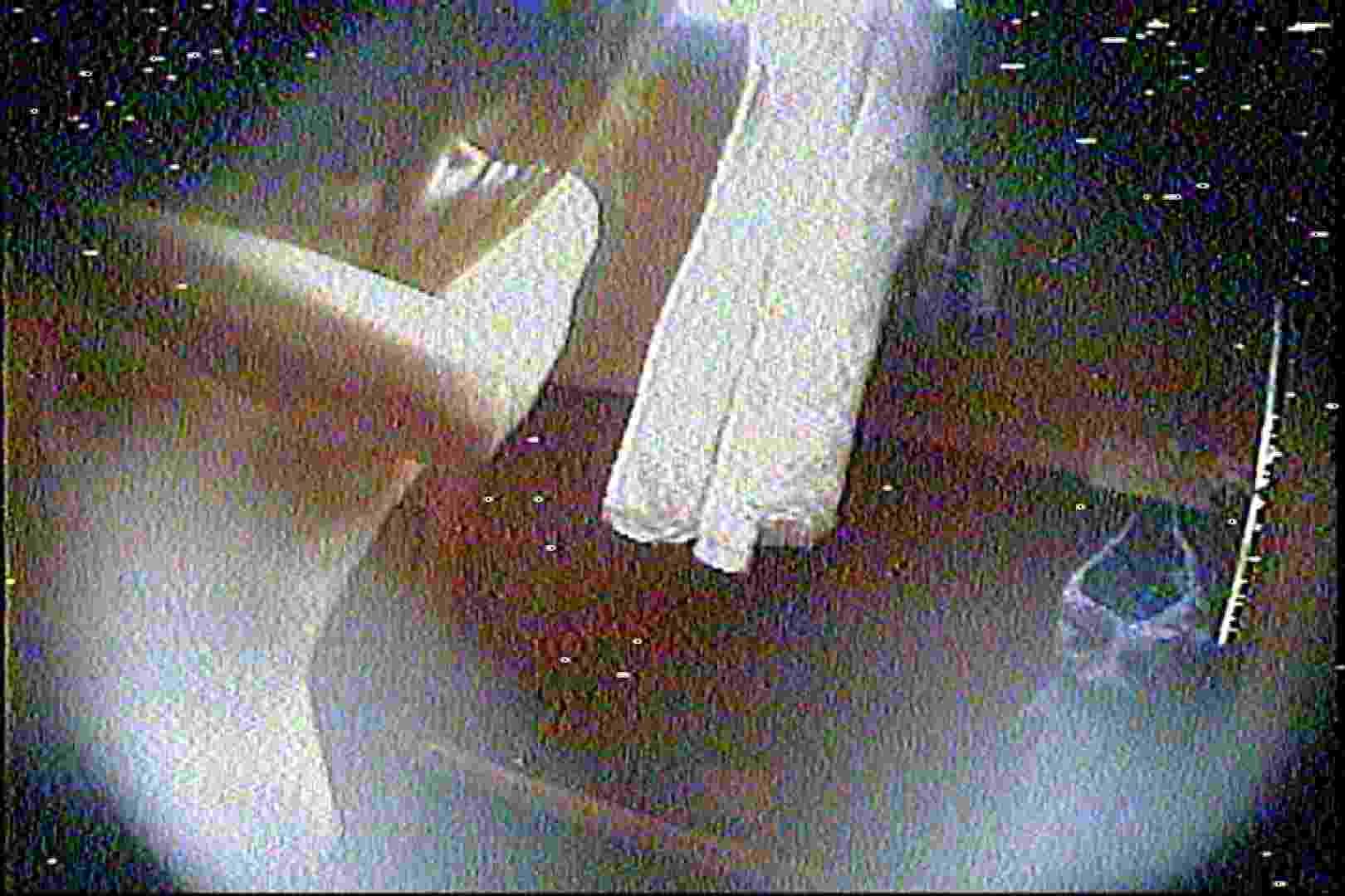 海の家の更衣室 Vol.27 シャワー中 | OL  80連発 13