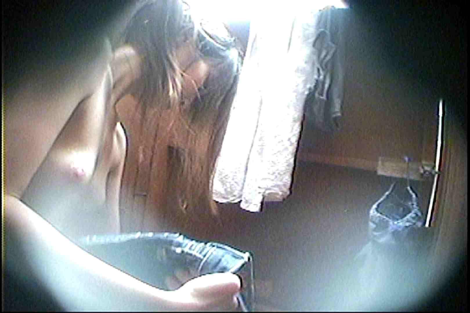 海の家の更衣室 Vol.27 シャワー中 | OL  80連発 74