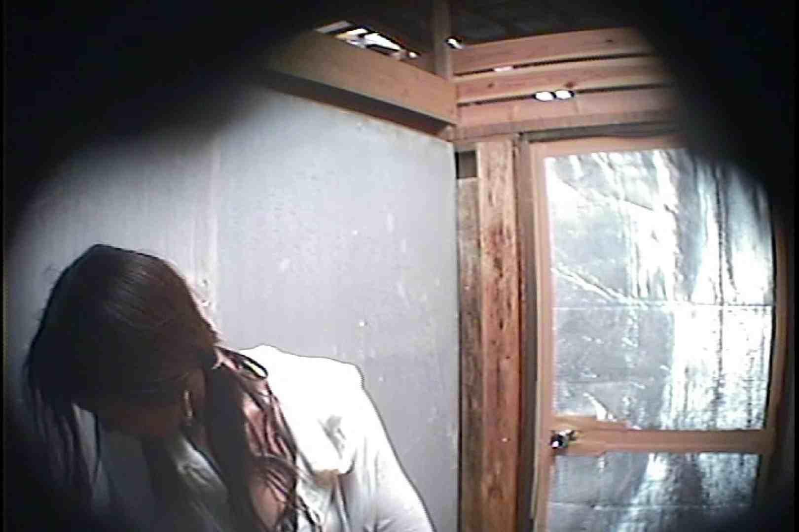 海の家の更衣室 Vol.45 シャワー中 | 美女達のヌード  64連発 1