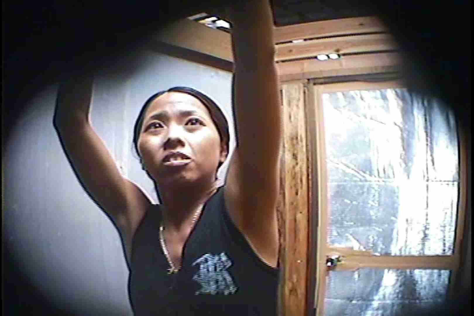 海の家の更衣室 Vol.45 シャワー中 | 美女達のヌード  64連発 9