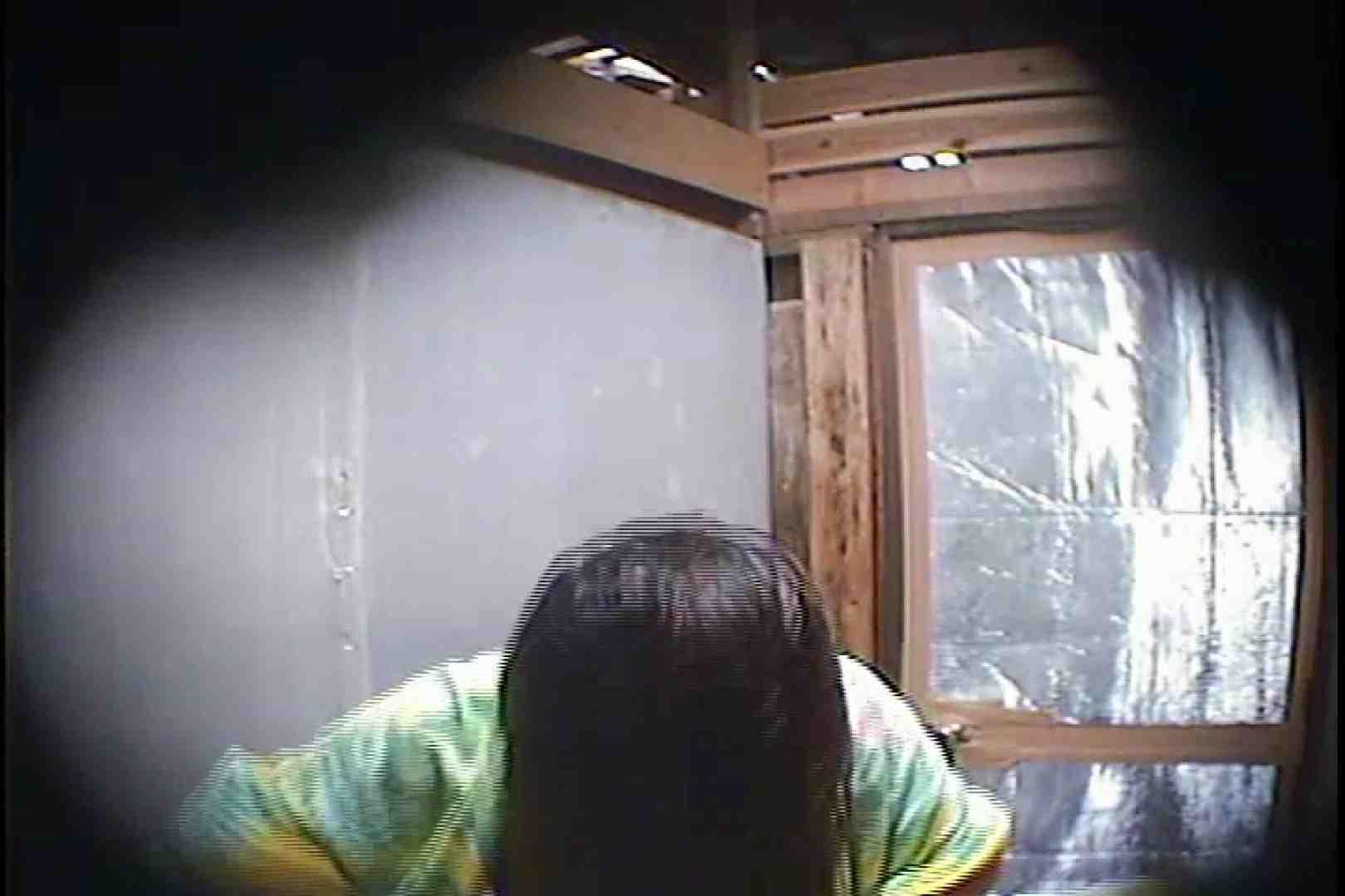海の家の更衣室 Vol.45 シャワー中 | 美女達のヌード  64連発 15