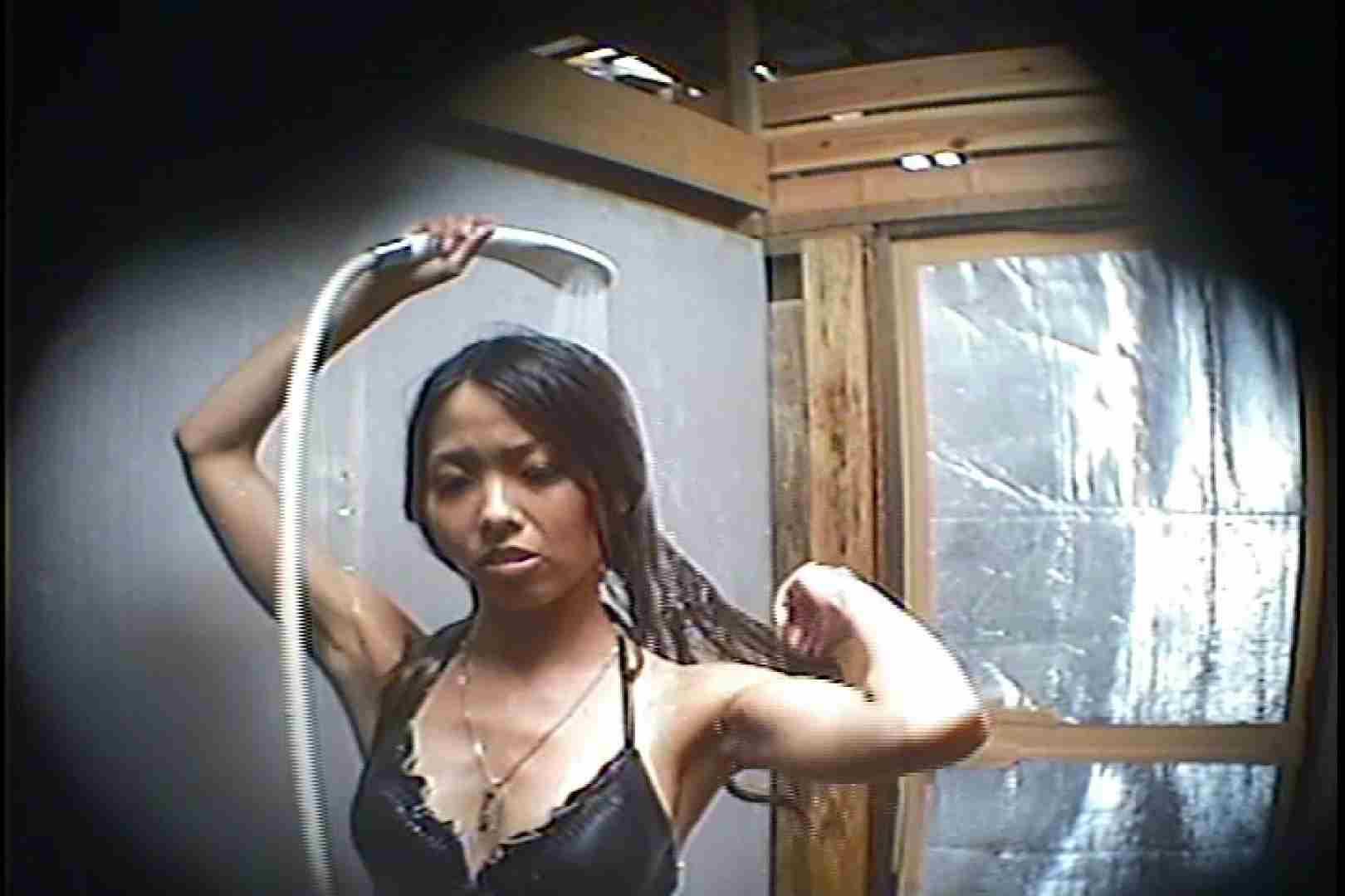 海の家の更衣室 Vol.45 シャワー中 | 美女達のヌード  64連発 19