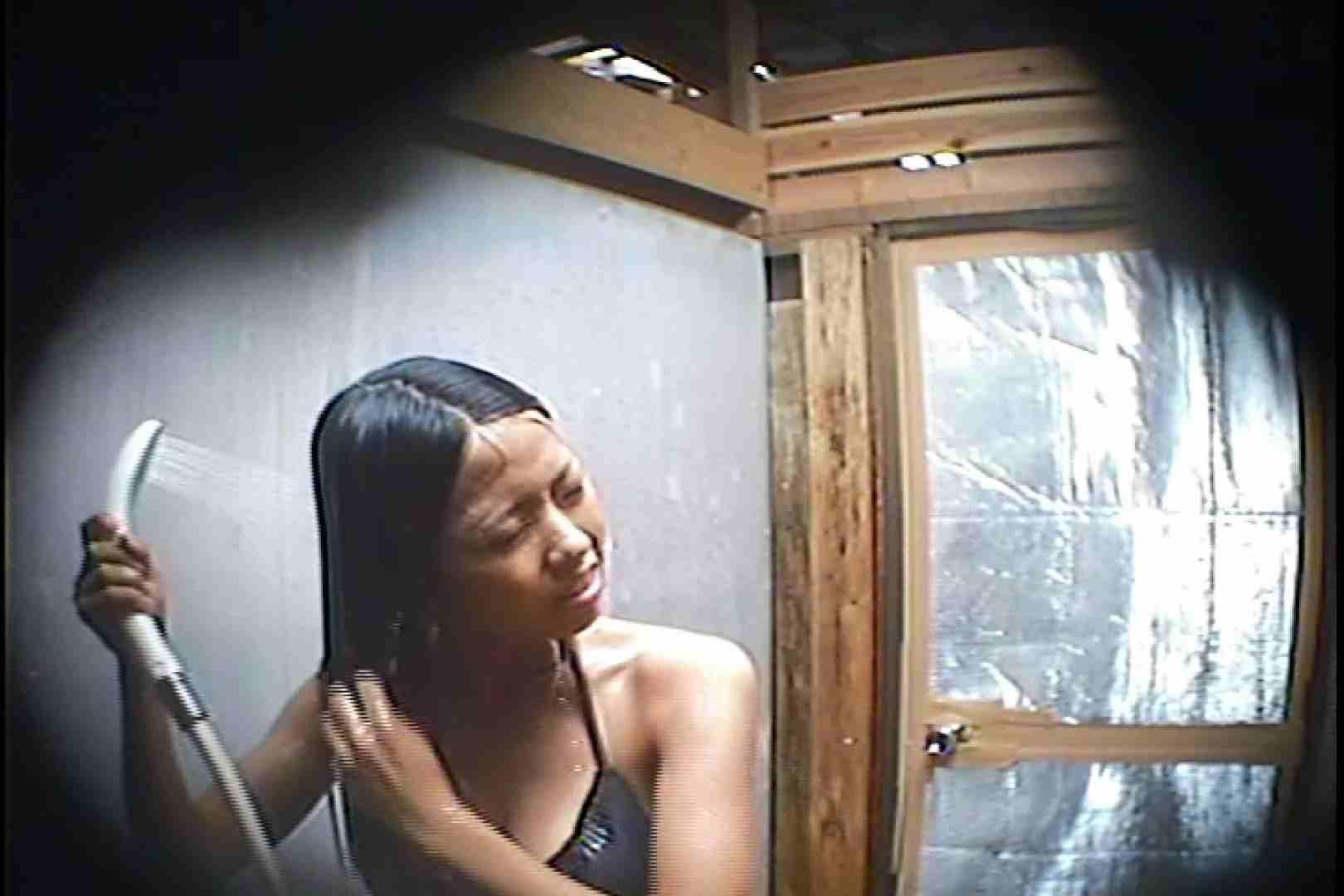 海の家の更衣室 Vol.45 シャワー中 | 美女達のヌード  64連発 34