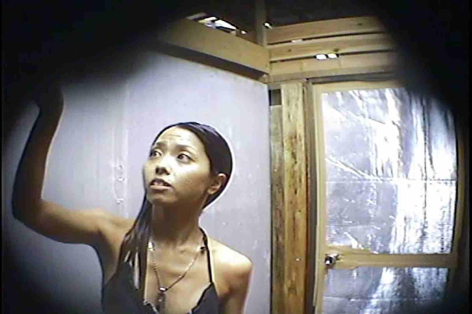 海の家の更衣室 Vol.45 シャワー中 | 美女達のヌード  64連発 41