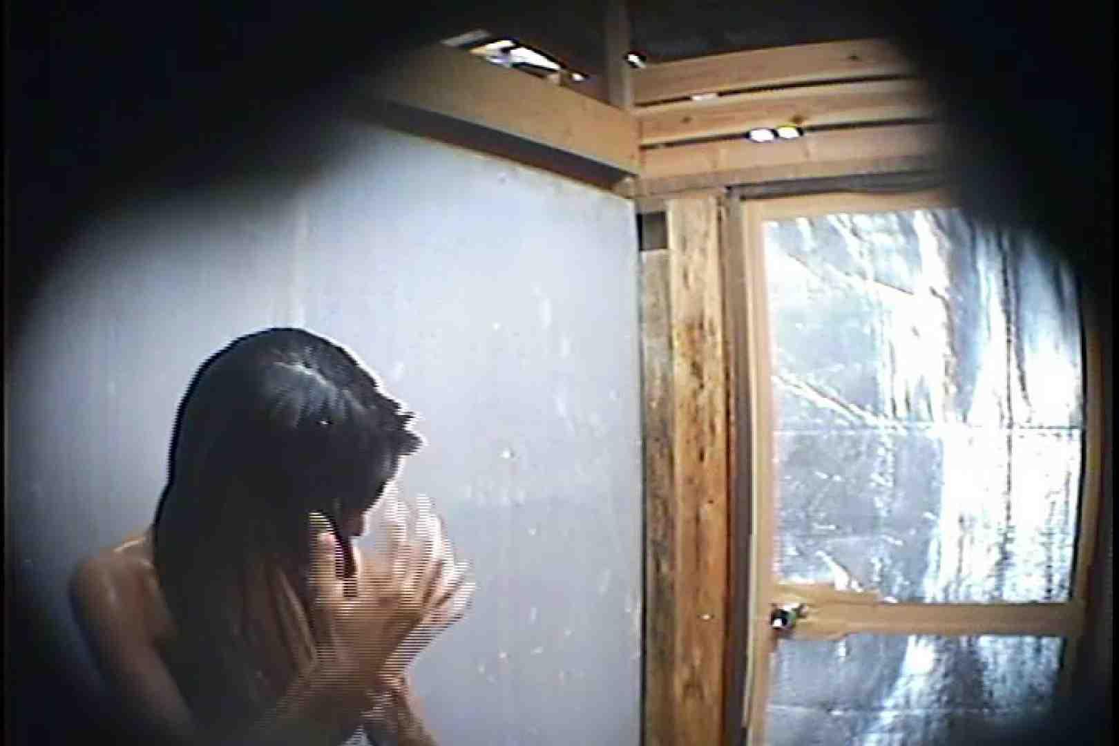海の家の更衣室 Vol.45 シャワー中 | 美女達のヌード  64連発 42
