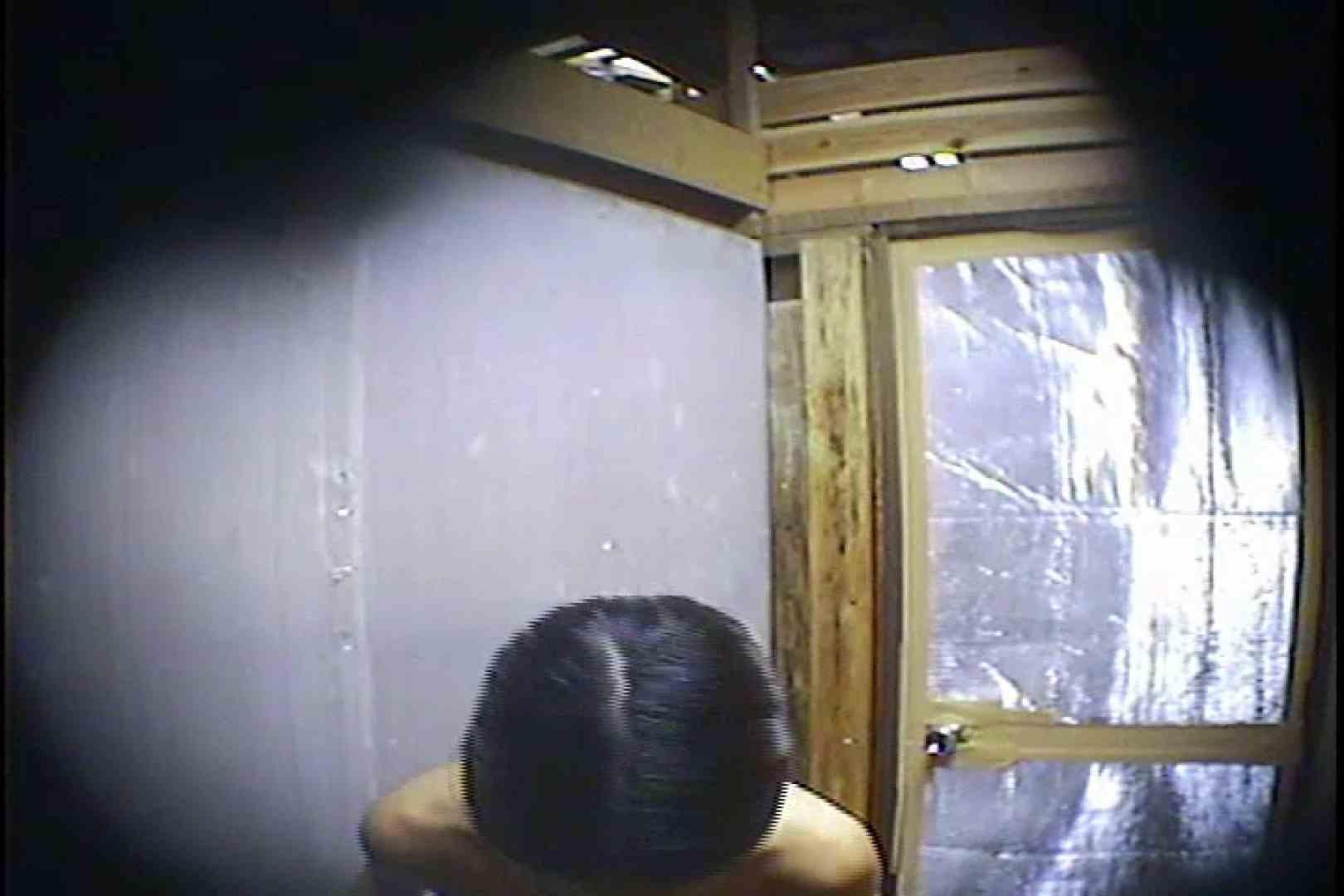 海の家の更衣室 Vol.45 シャワー中 | 美女達のヌード  64連発 61