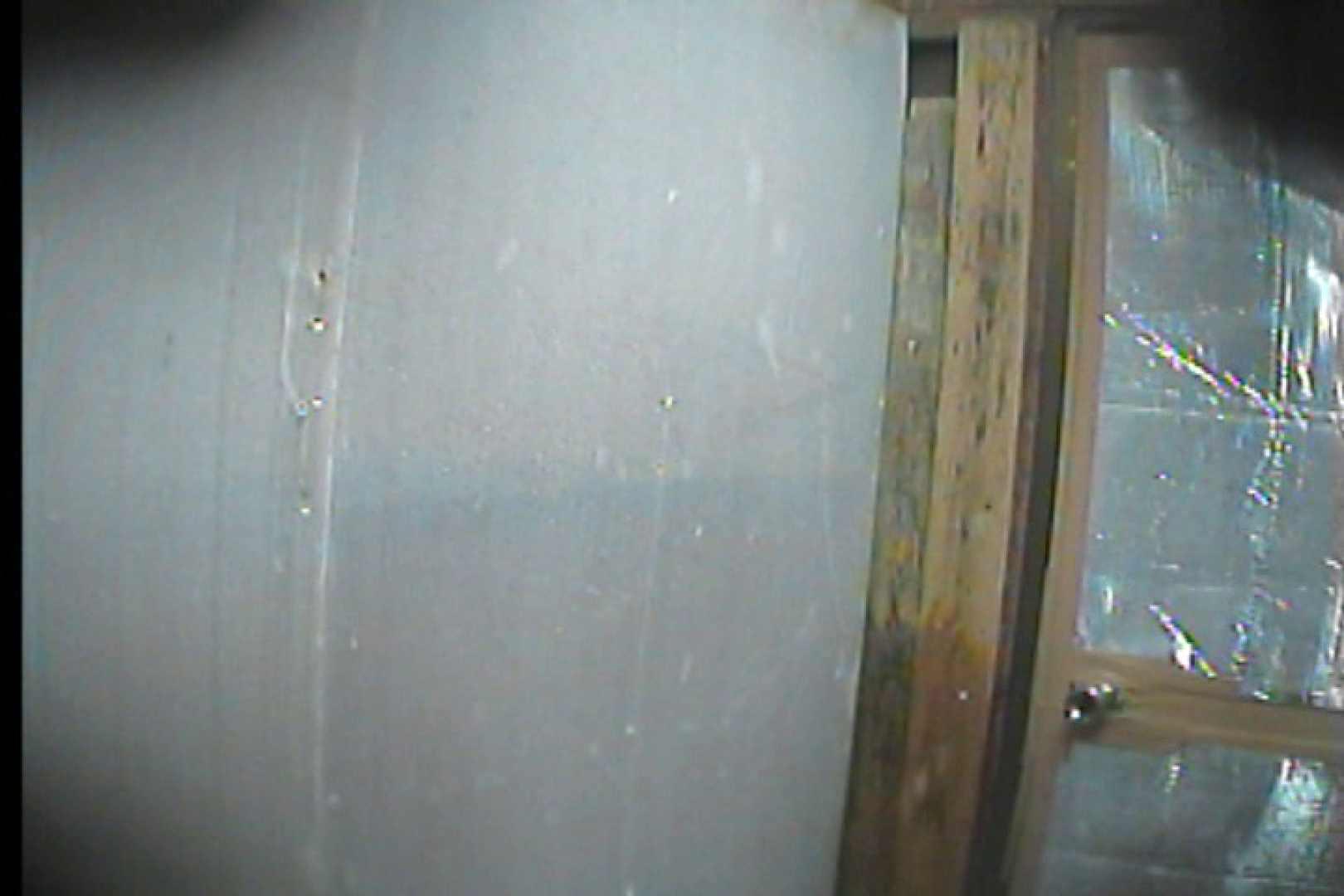 海の家の更衣室 Vol.58 OL | 美女達のヌード  32連発 22