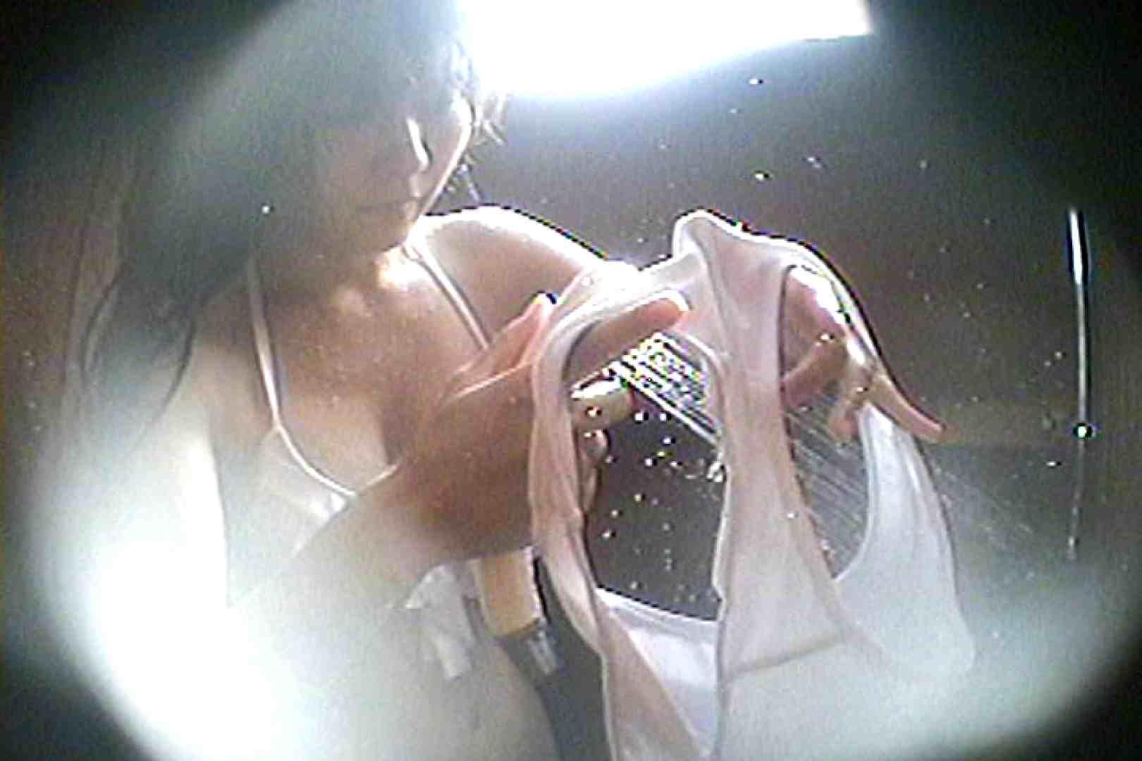海の家の更衣室 Vol.61 美女達のヌード   シャワー中  54連発 22