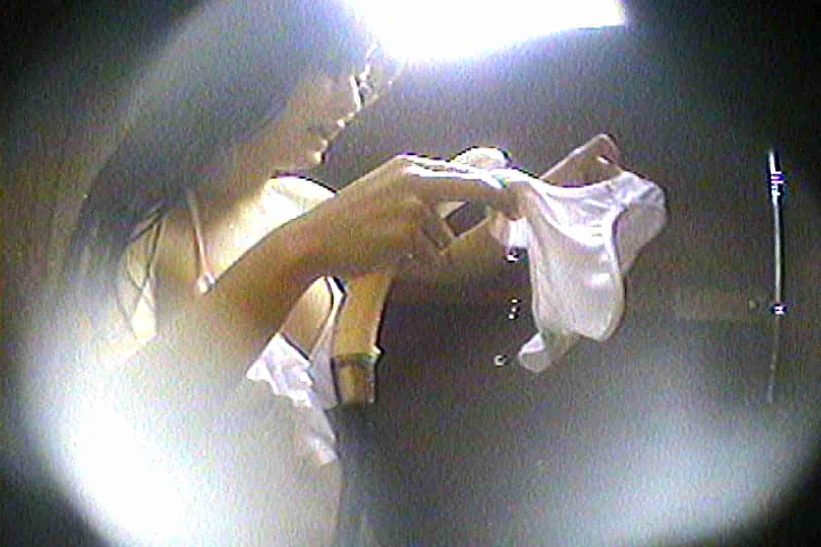 海の家の更衣室 Vol.61 美女達のヌード   シャワー中  54連発 24