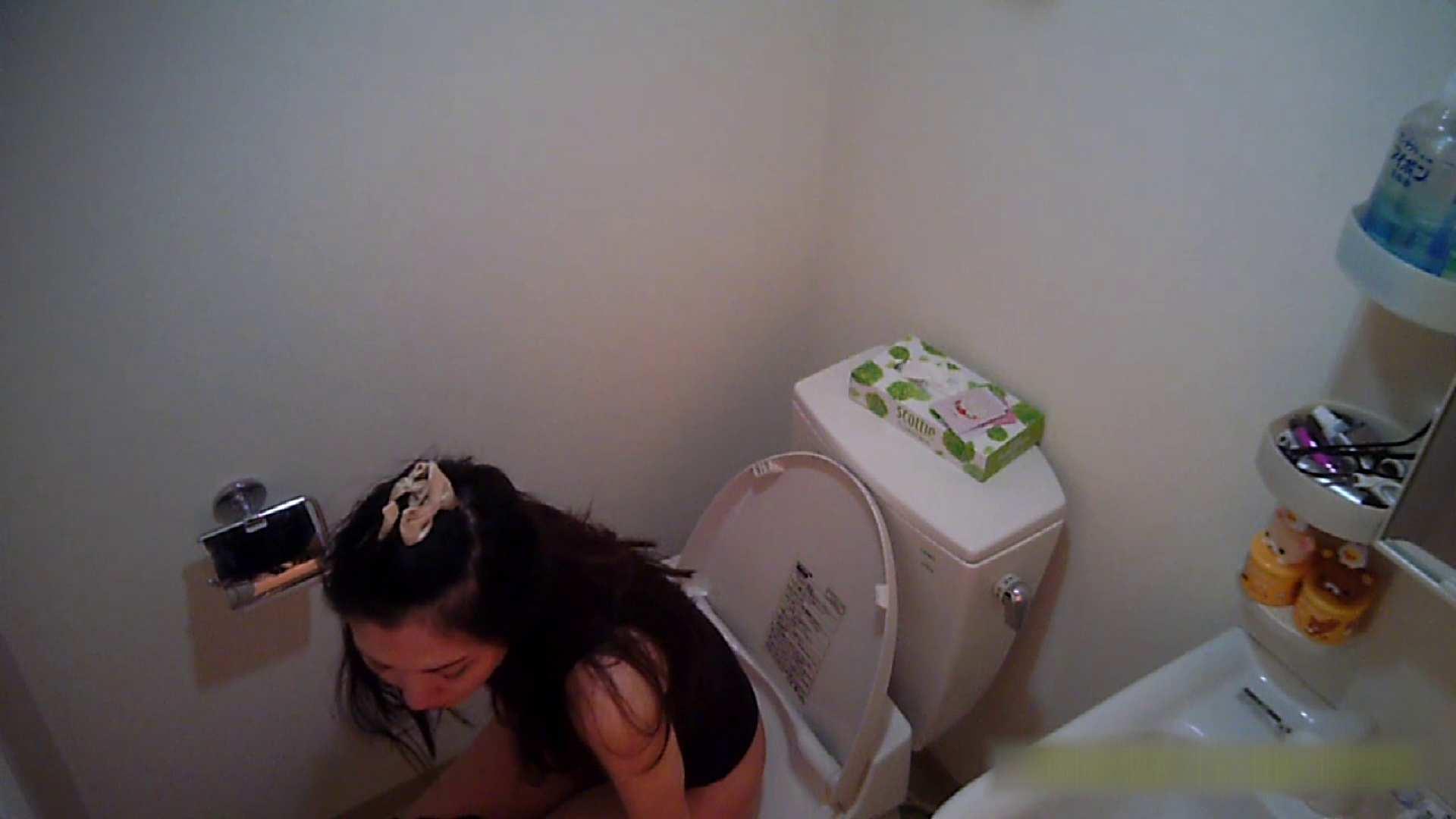 清楚な顔してかなり敏感なE子25歳(仮名)Vol.05 裸でトイレ編 トイレ中 | OL  68連発 33