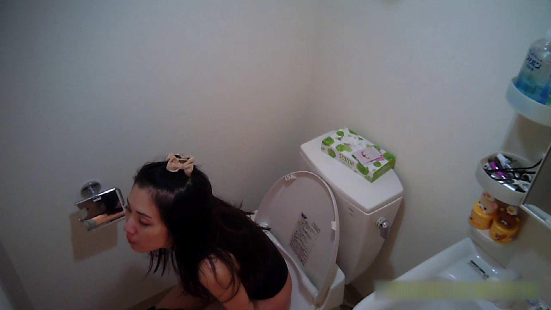 清楚な顔してかなり敏感なE子25歳(仮名)Vol.05 裸でトイレ編 トイレ中 | OL  68連発 38