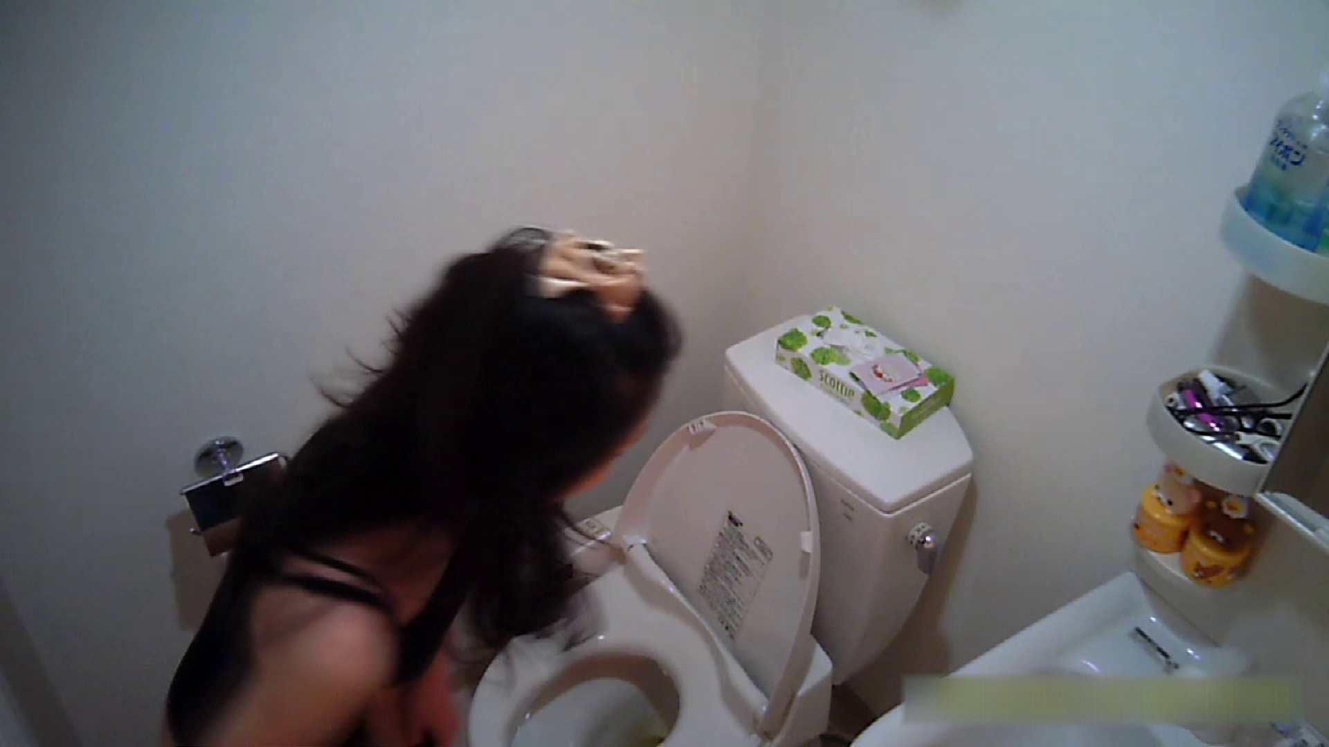清楚な顔してかなり敏感なE子25歳(仮名)Vol.05 裸でトイレ編 トイレ中 | OL  68連発 43