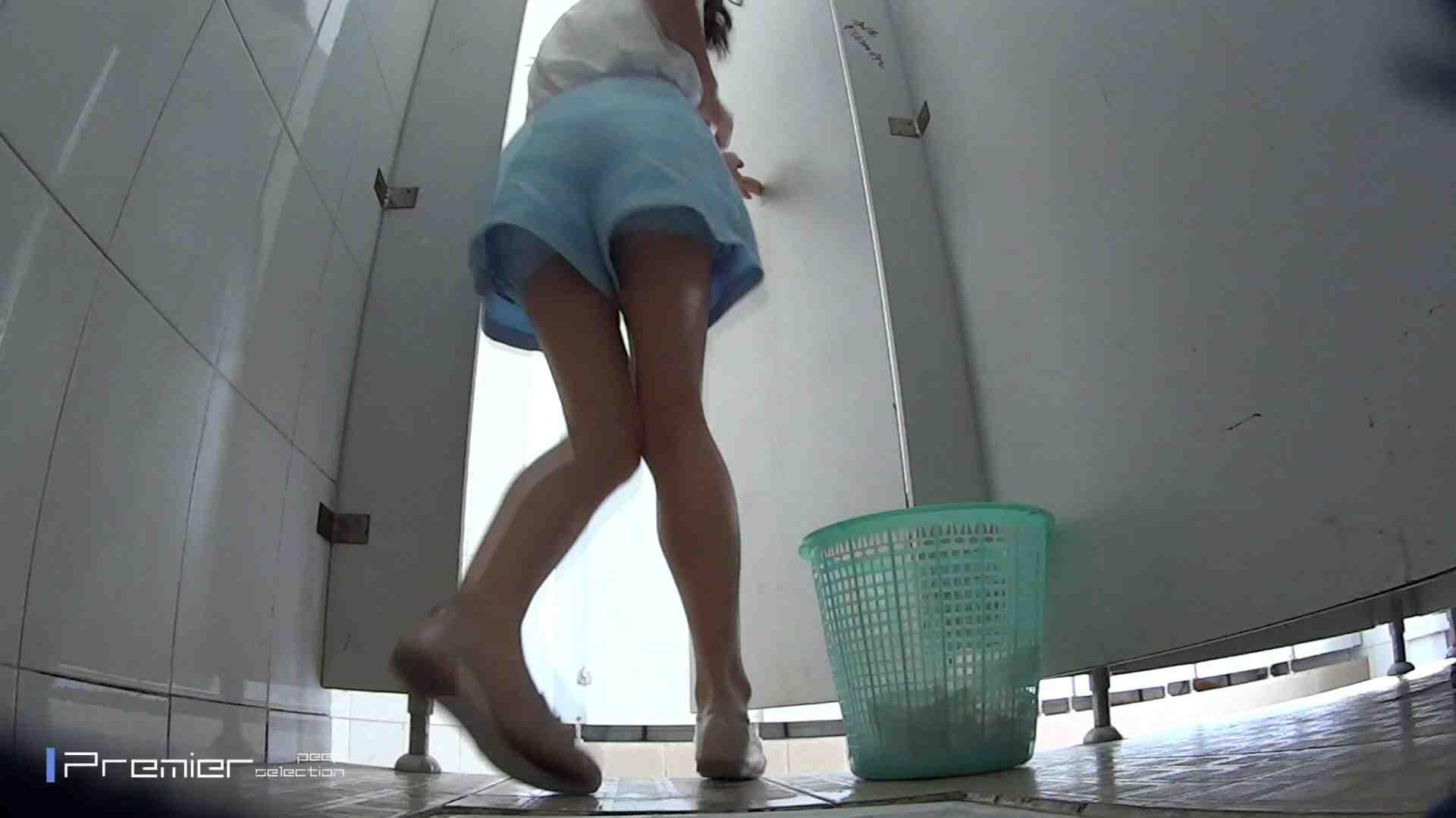 美しい女良たちのトイレ事情 有名大学休憩時間の洗面所事情06 盗撮エロすぎ | トイレ中  55連発 7