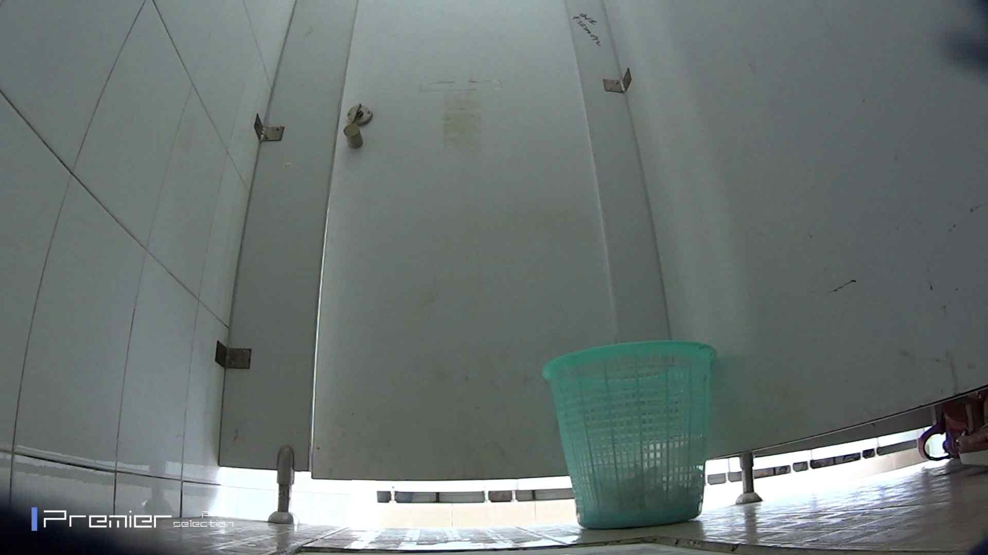 美しい女良たちのトイレ事情 有名大学休憩時間の洗面所事情06 盗撮エロすぎ | トイレ中  55連発 28