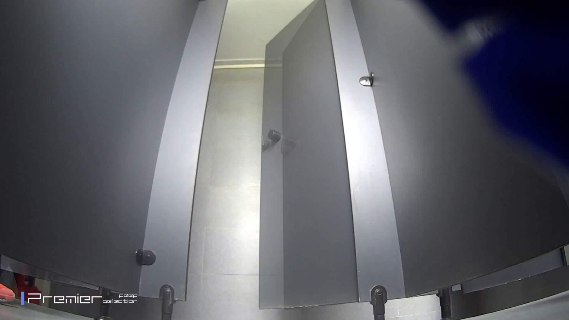 ツンデレお女市さんのトイレ事情 大学休憩時間の洗面所事情32 トイレ中 | 美女達のヌード  100連発 81