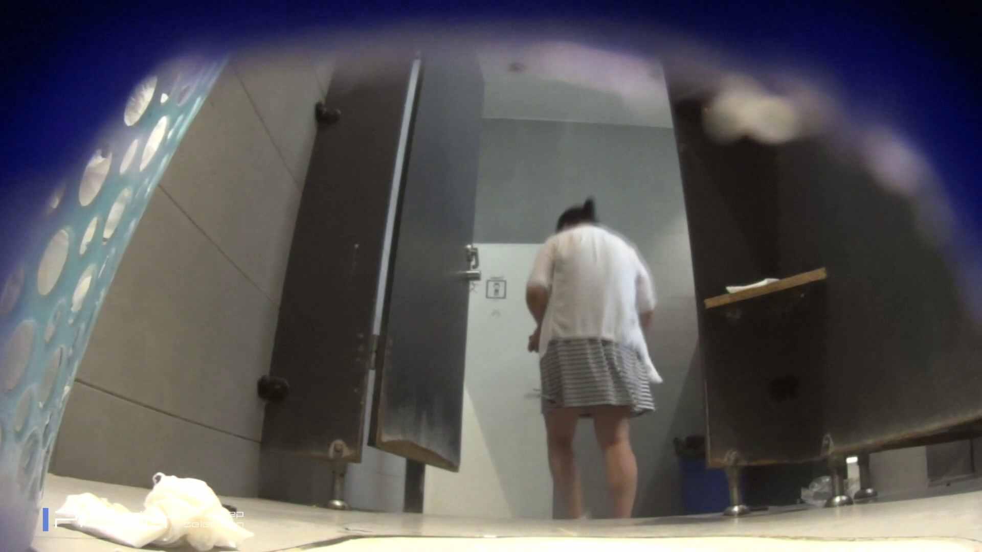 ポッチャリ好きは必見!大学休憩時間の洗面所事情66 美女達のヌード   お姉さん達のヌード  52連発 39