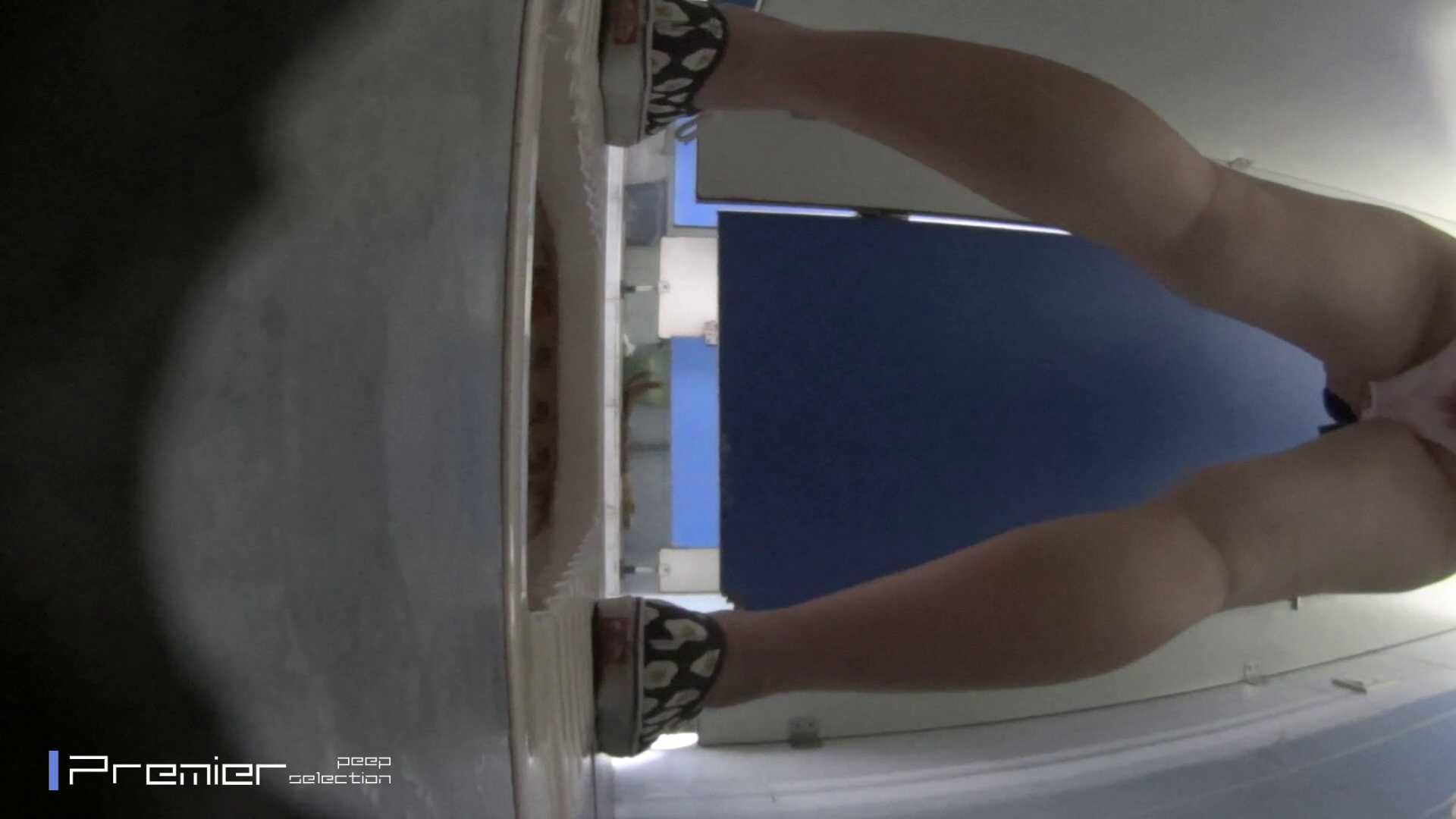 生理用ナプキン交換 大学休憩時間の洗面所事情77 美女達のヌード   お姉さん達のヌード  98連発 76