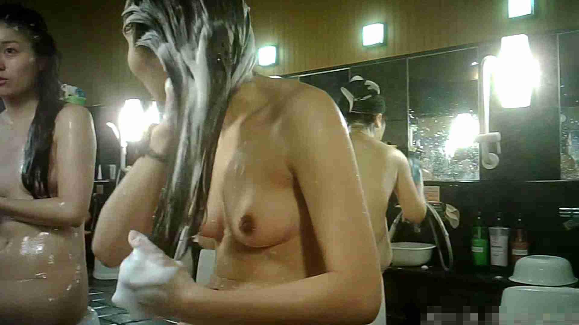 No.3 洗い場!!手前の嬢、特徴的な顔とコンパクトなおっぱい。 潜入エロ調査 | おっぱい  79連発 21