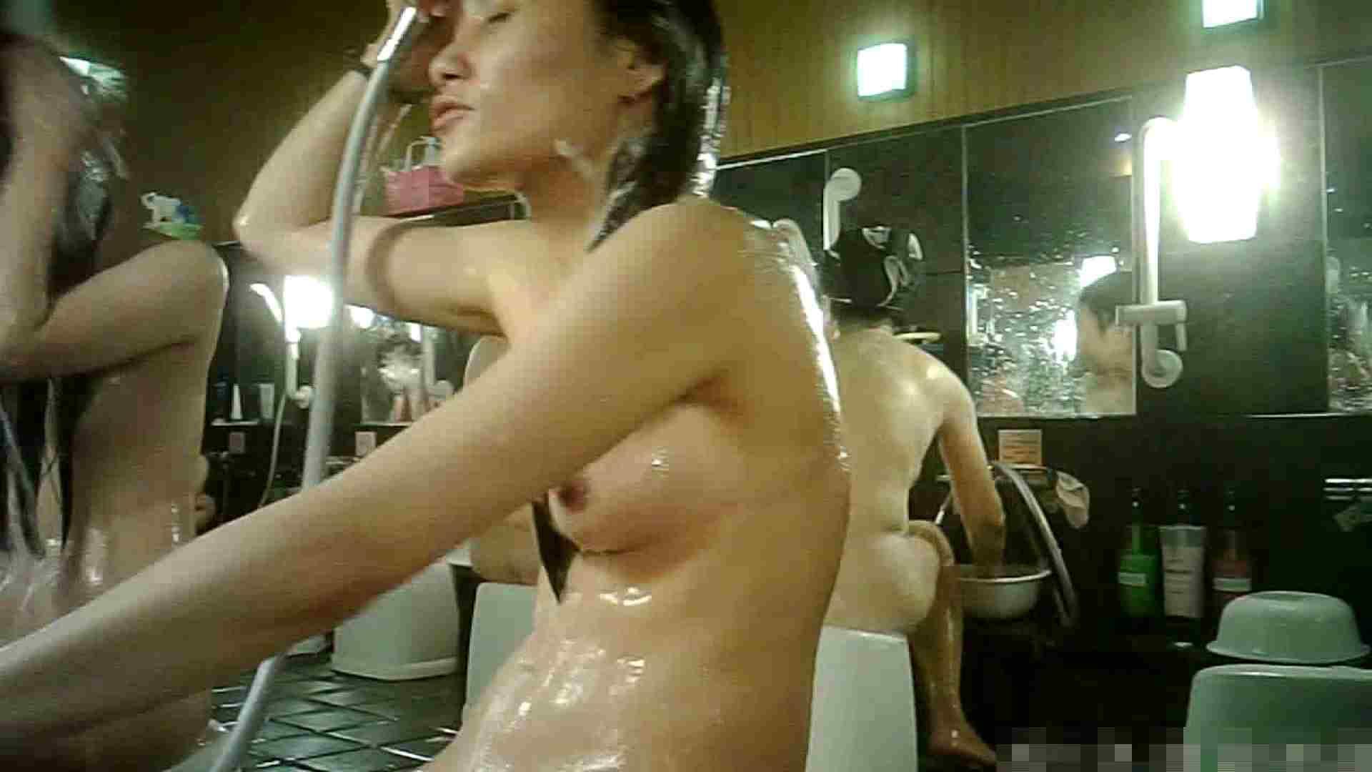 No.3 洗い場!!手前の嬢、特徴的な顔とコンパクトなおっぱい。 潜入エロ調査 | おっぱい  79連発 23