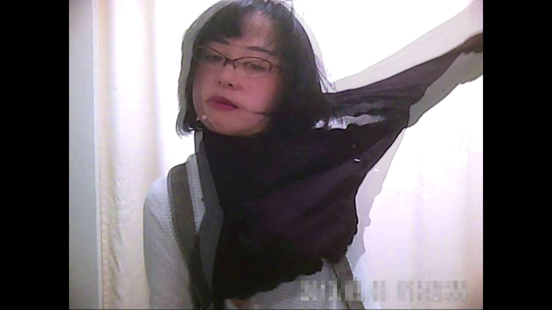 元医者による反抗 更衣室地獄絵巻 vol.090 OL | 0  30連発 7
