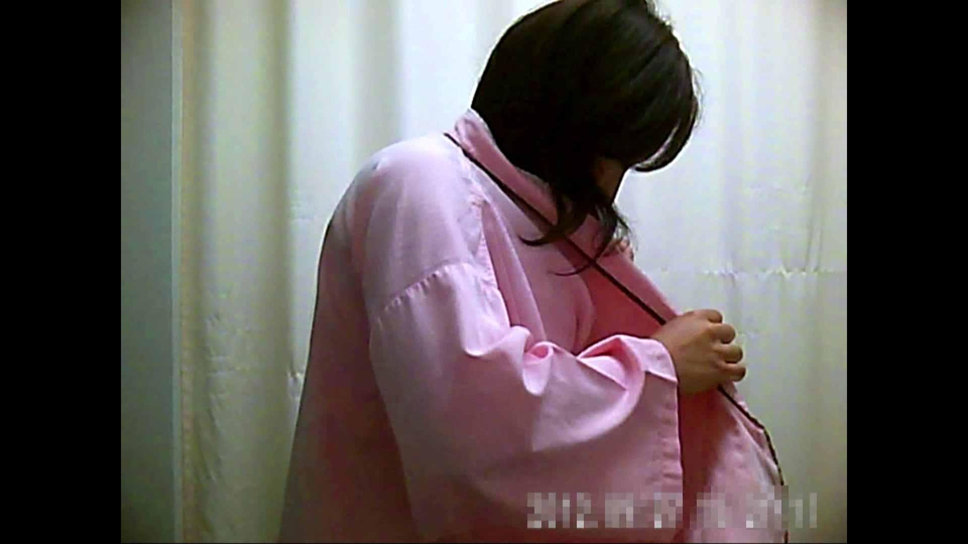 元医者による反抗 更衣室地獄絵巻 vol.077 OL | 0  25連発 2