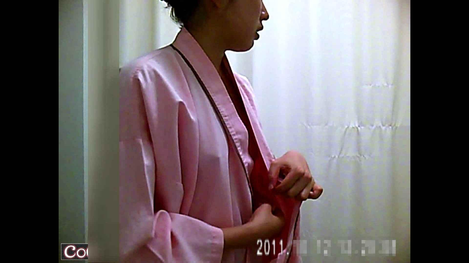 元医者による反抗 更衣室地獄絵巻 vol.240 OL   0  90連発 3