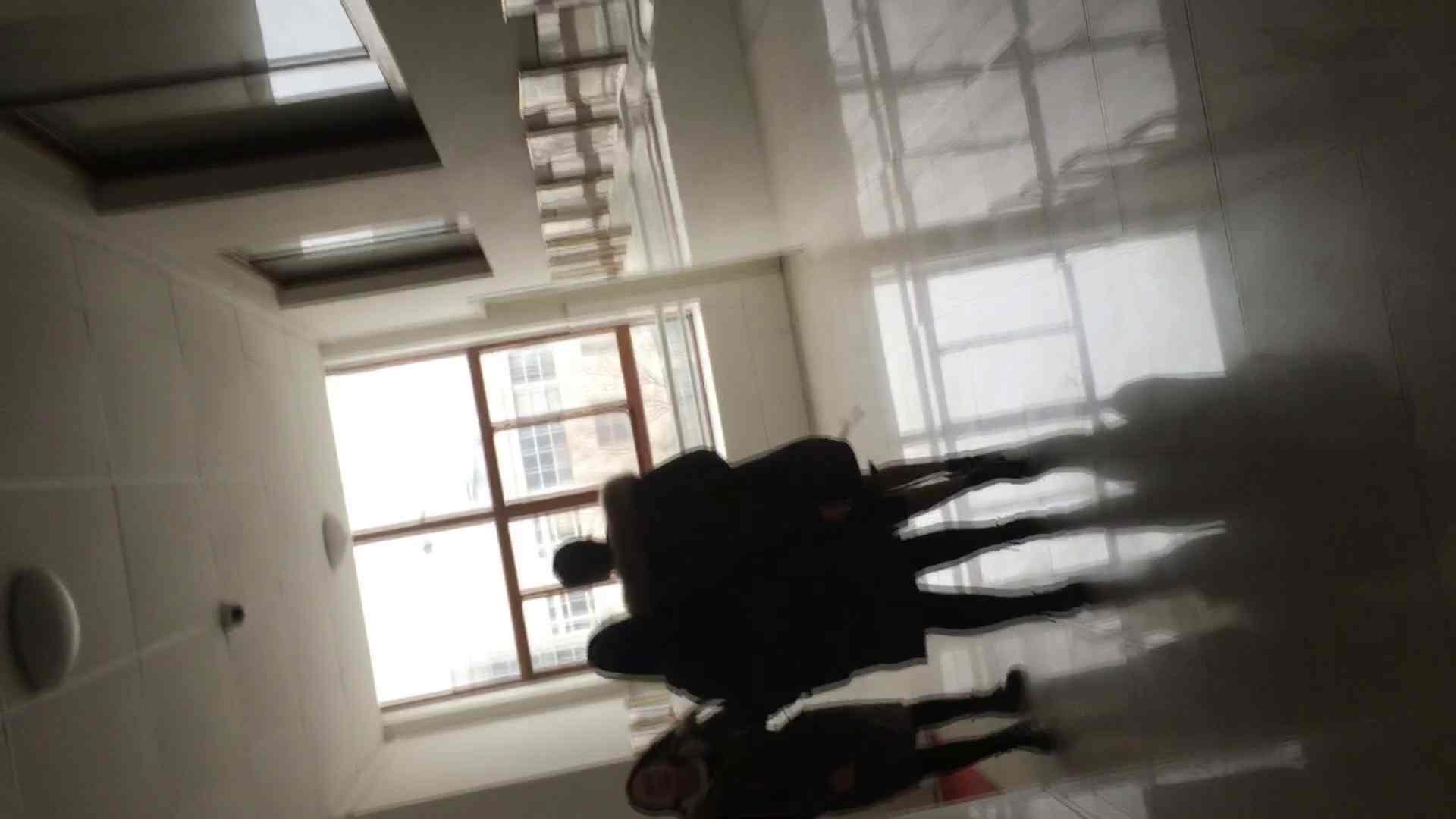 芸術大学ガチ潜入盗撮 JD盗撮 美女の洗面所の秘密 Vol.89 洗面所着替え | 潜入エロ調査  77連発 59