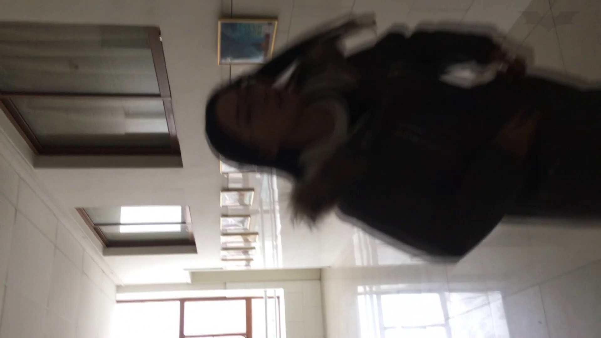 芸術大学ガチ潜入盗撮 JD盗撮 美女の洗面所の秘密 Vol.89 洗面所着替え | 潜入エロ調査  77連発 61