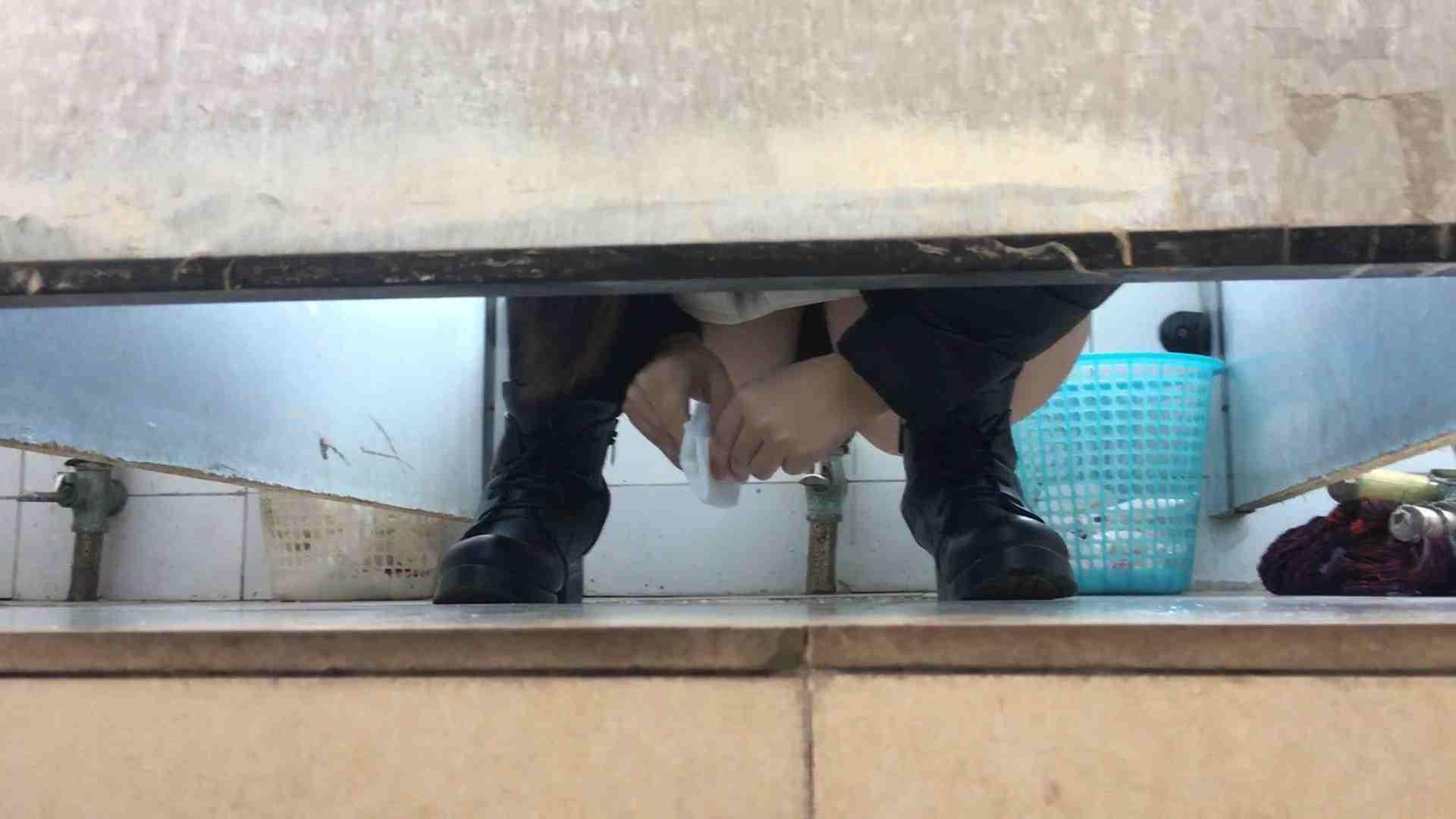 芸術大学ガチ潜入盗撮 JD盗撮 美女の洗面所の秘密 Vol.90 洗面所着替え | 盗撮エロすぎ  44連発 20