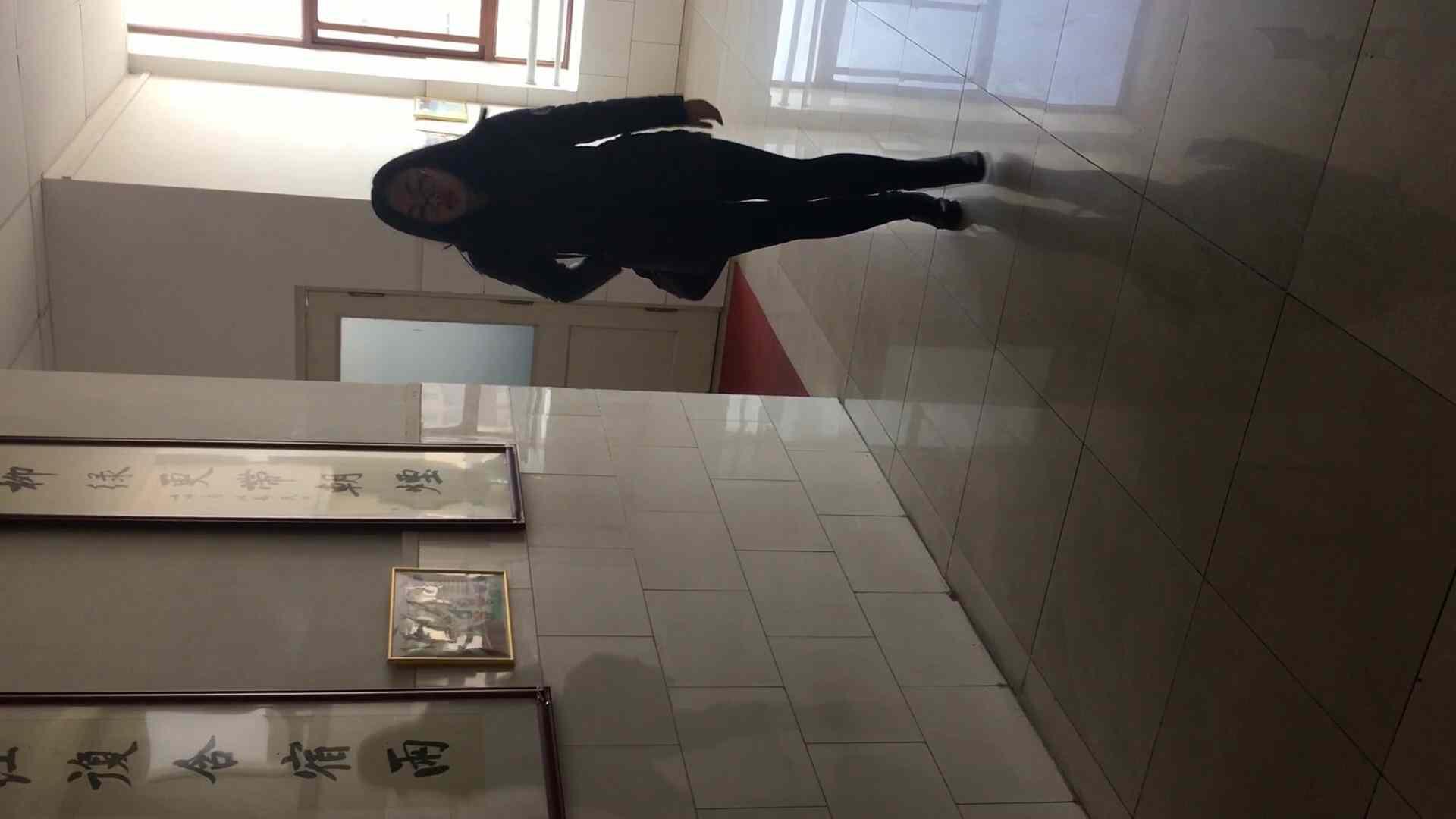 芸術大学ガチ潜入盗撮 JD盗撮 美女の洗面所の秘密 Vol.90 洗面所着替え | 盗撮エロすぎ  44連発 27