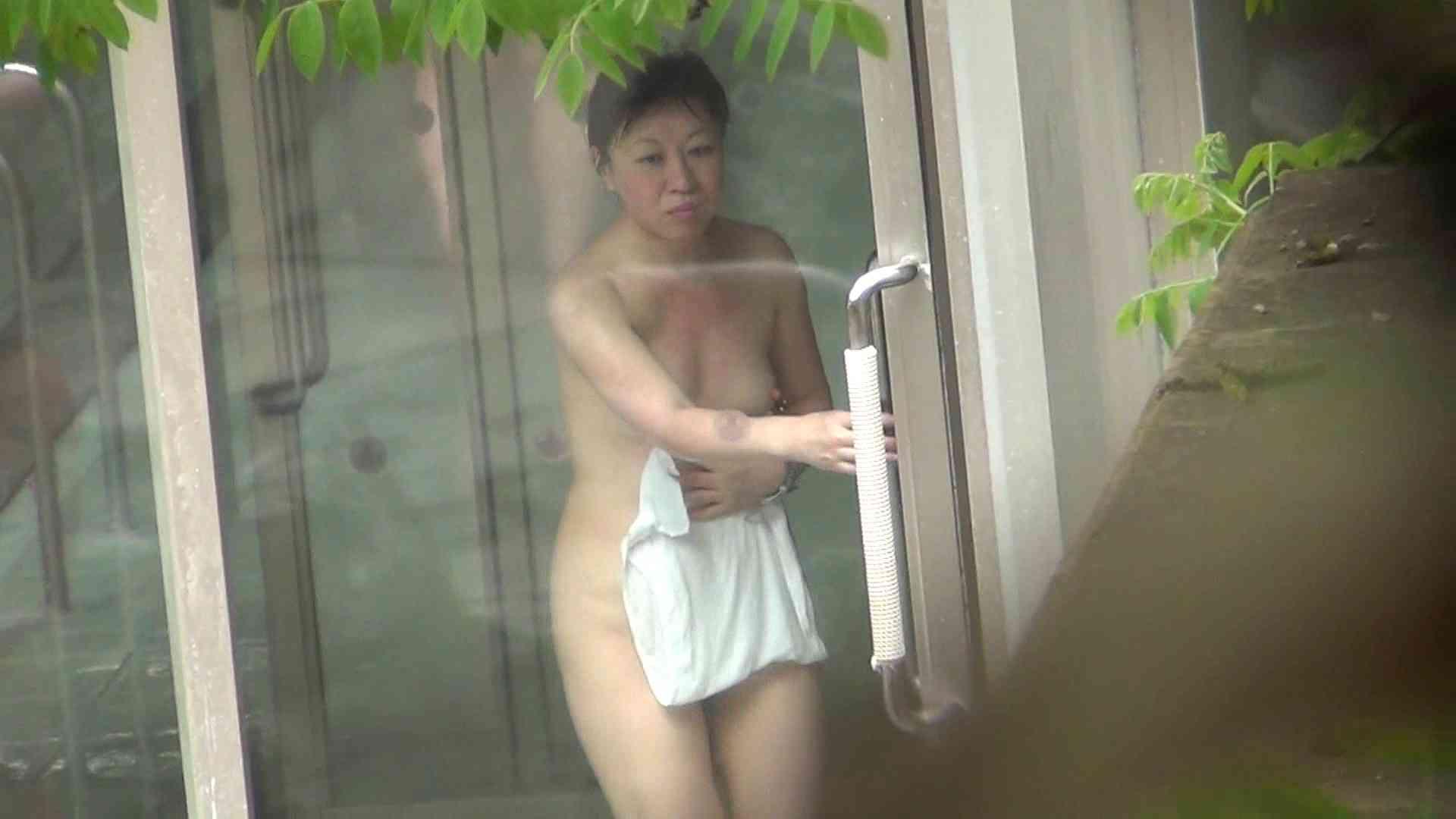 ハイビジョンVol.10 美女盛り合わせ No.4 美女達のヌード   露天風呂の女達  62連発 41