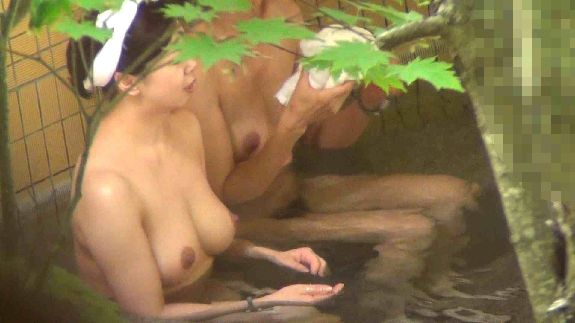Vol.29 ピンクとブラウンの爆乳コンビ 露天風呂の女達 | OL  90連発 50
