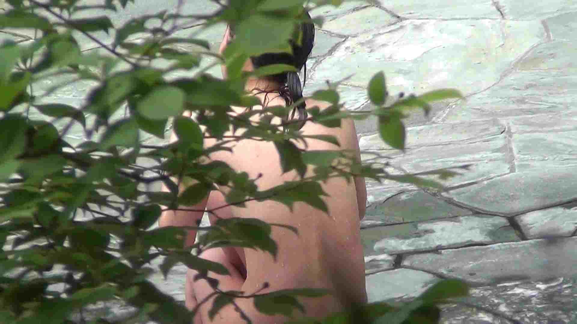 Vol.30 品のある美女 タオルと葉が憎い 露天風呂の女達 | OL  25連発 22