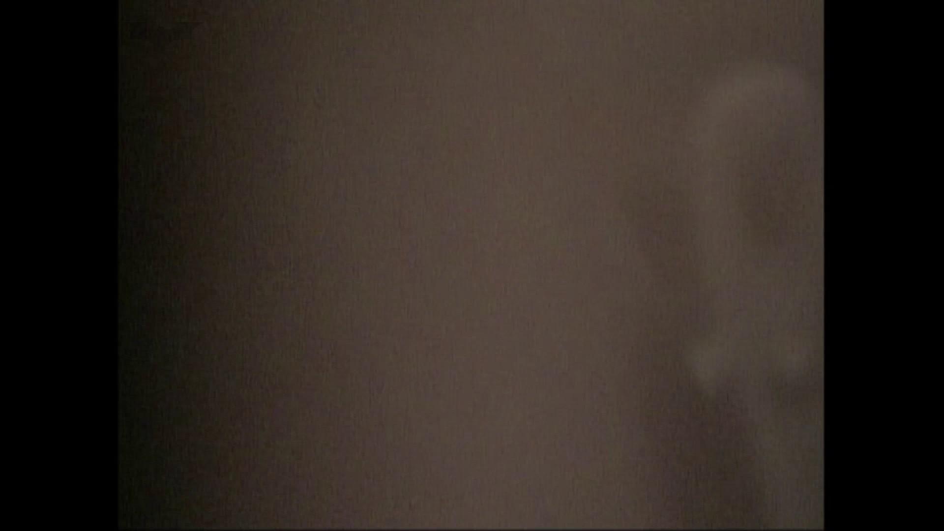 隙間からノゾク風呂 Vol.28 色白のロングヘアー美人がワシャワシャと。 OL   入浴シーン  53連発 39